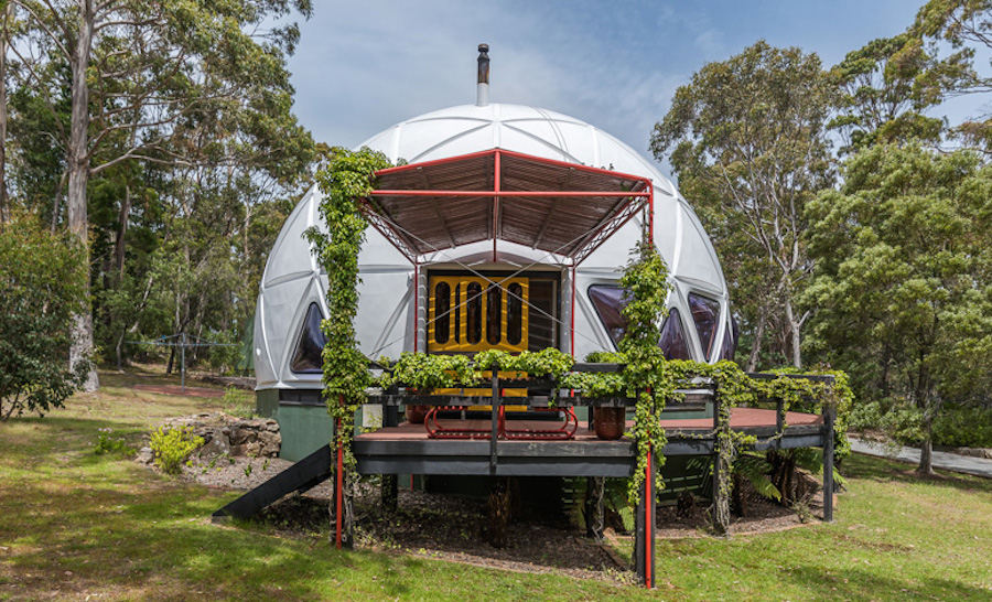 This '70s dome home compound in Australia is simply incredible