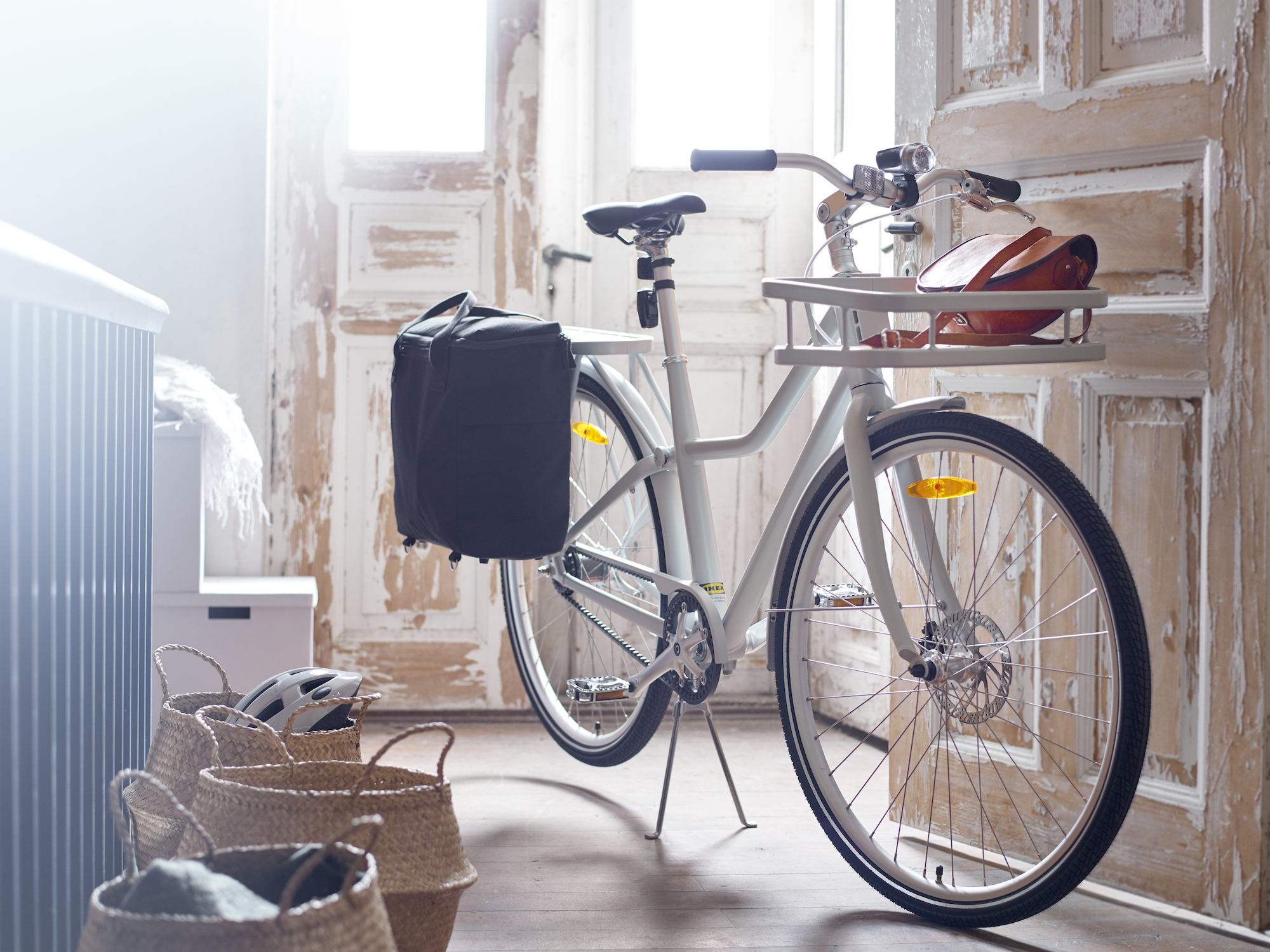 Ikea's sleek new bike is now available for $500