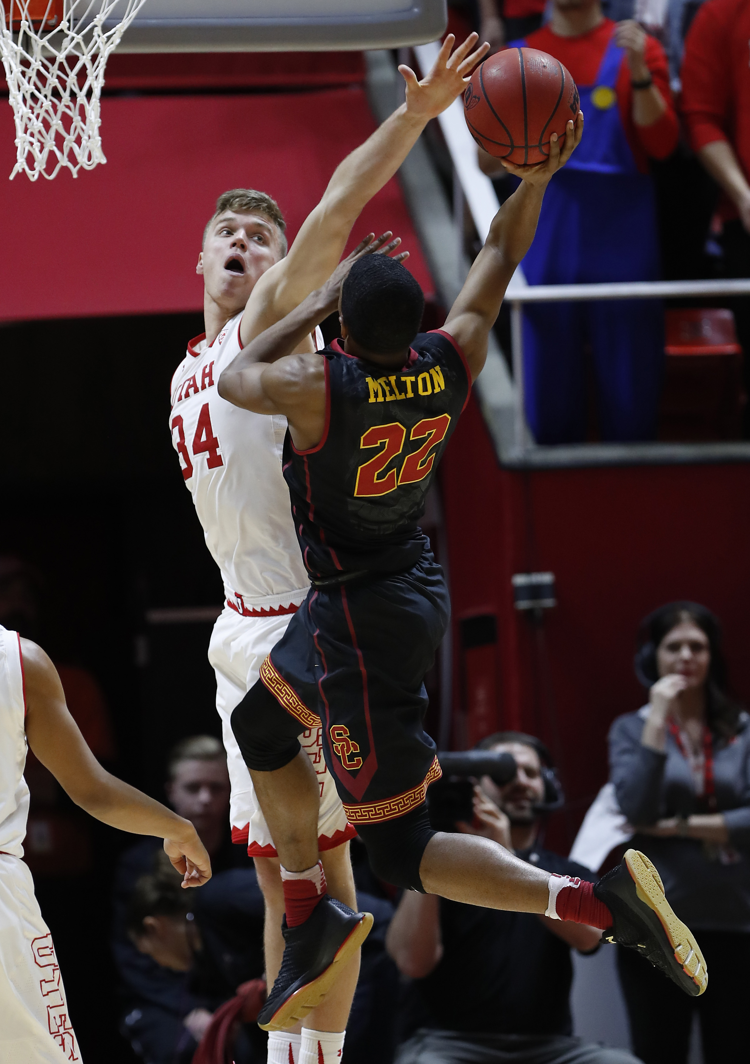 NCAA Basketball: Southern California at Utah