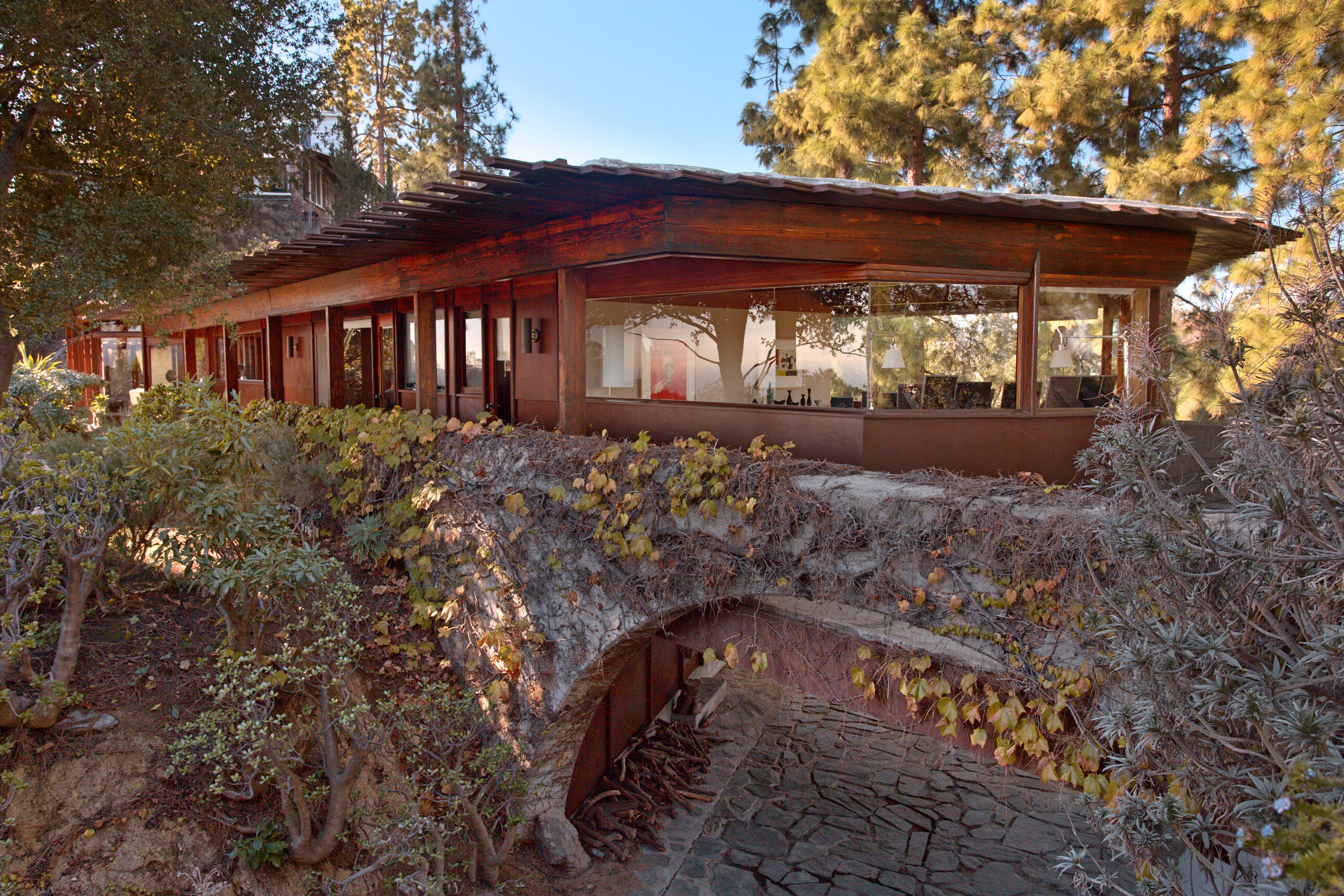 Dramatic midcentury modern by Lloyd Wright in the Hollywood Hills asking $2.5M