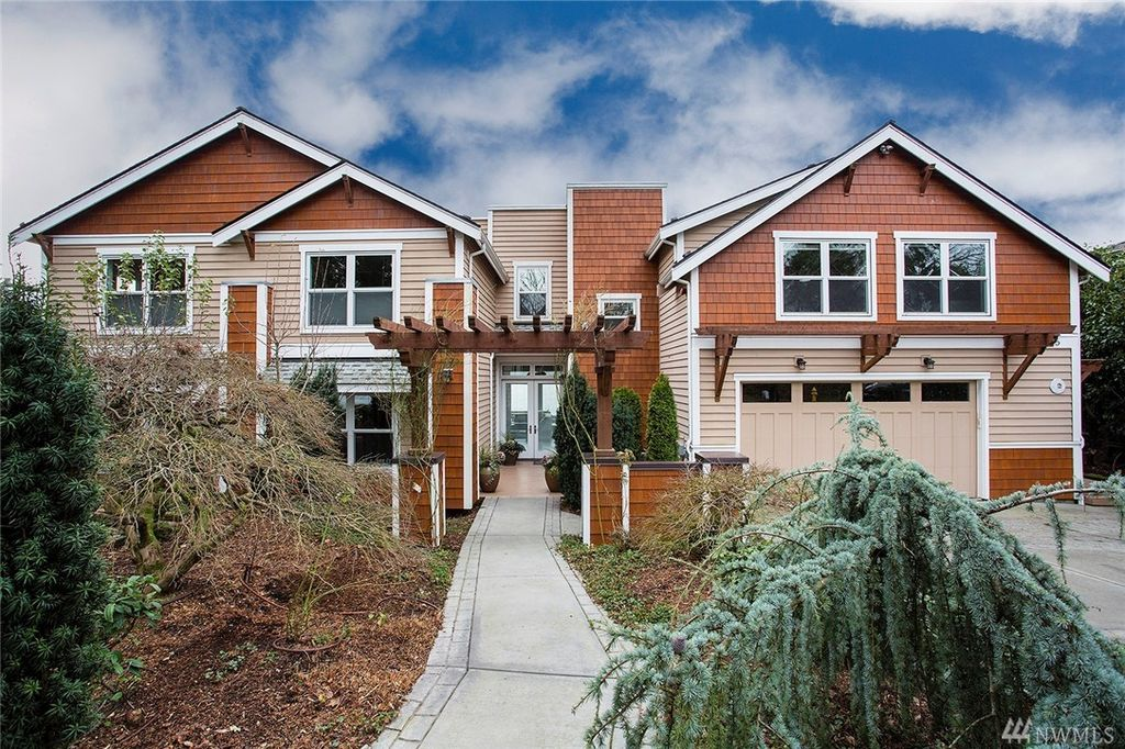 Kirkland seattle curbed seattle kirkland waterfront craftsman lists at 36m solutioingenieria Choice Image