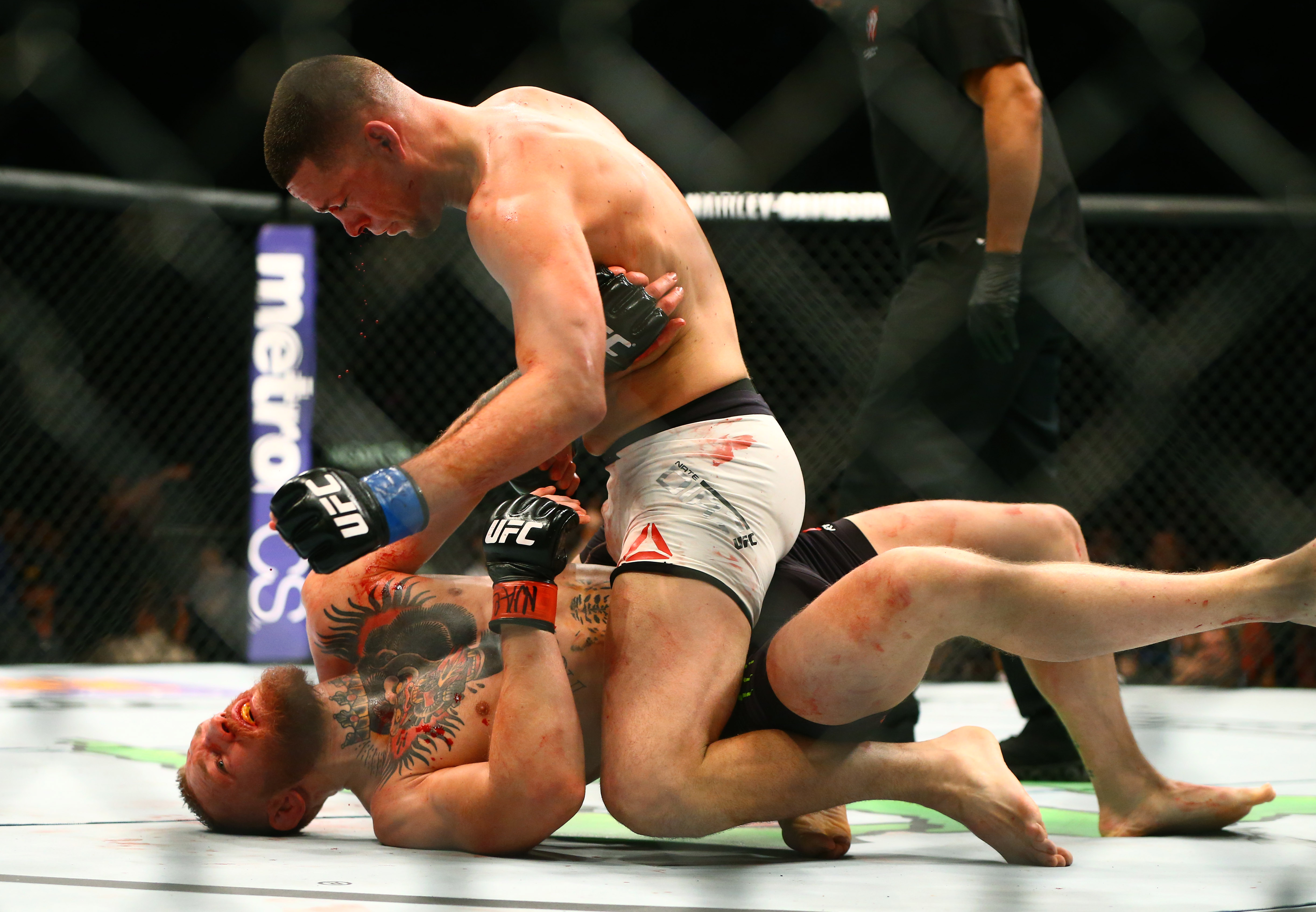 MMA: UFC 196-McGregor vs Diaz