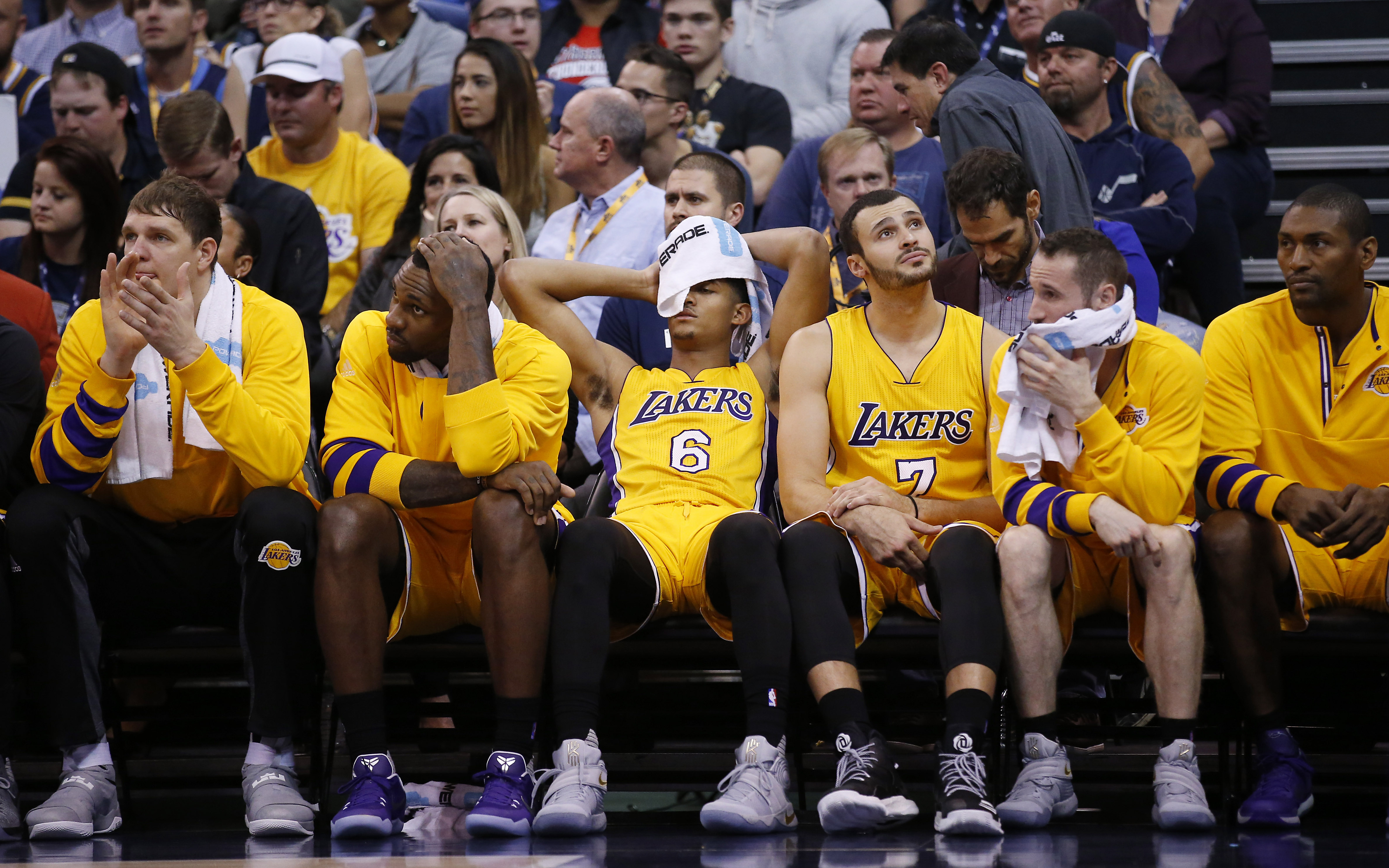 Tank Watch Its time for the Lakers to embrace the tank - Silver Screen  and Roll
