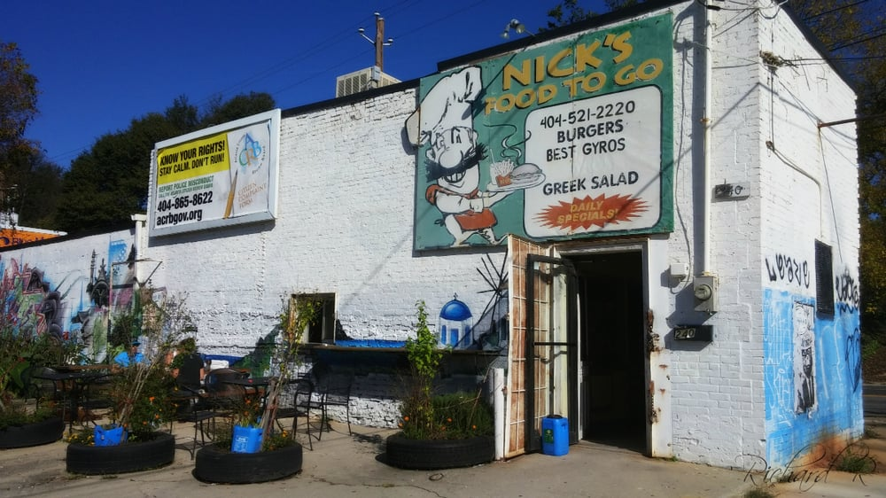 Exterior shot of Nick's Food To Go