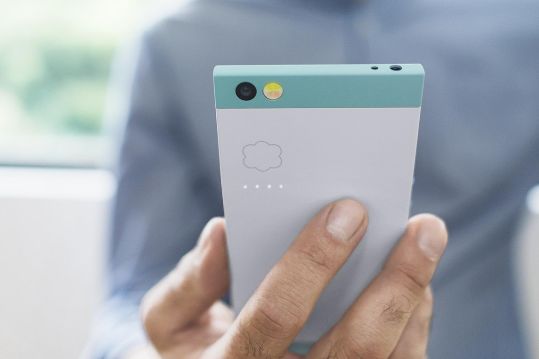 Nextbit's Robin smartphone