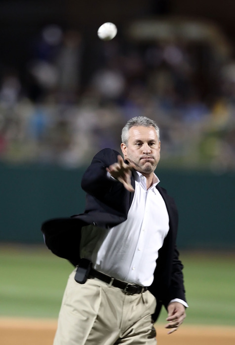 Steve Sax throws out the first pitch at Chavez Ravine