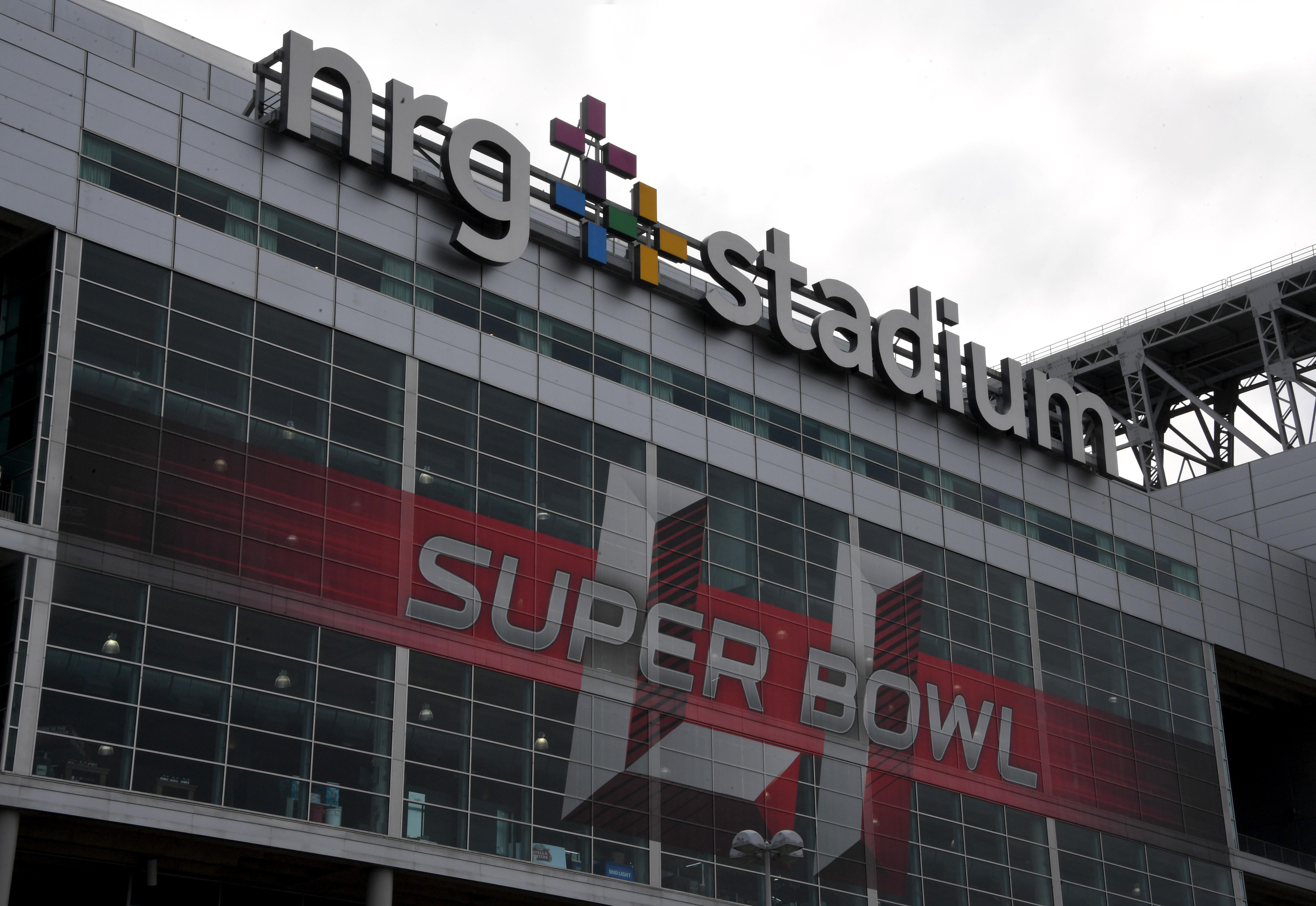 NFL: Super Bowl LI-Stadium Features