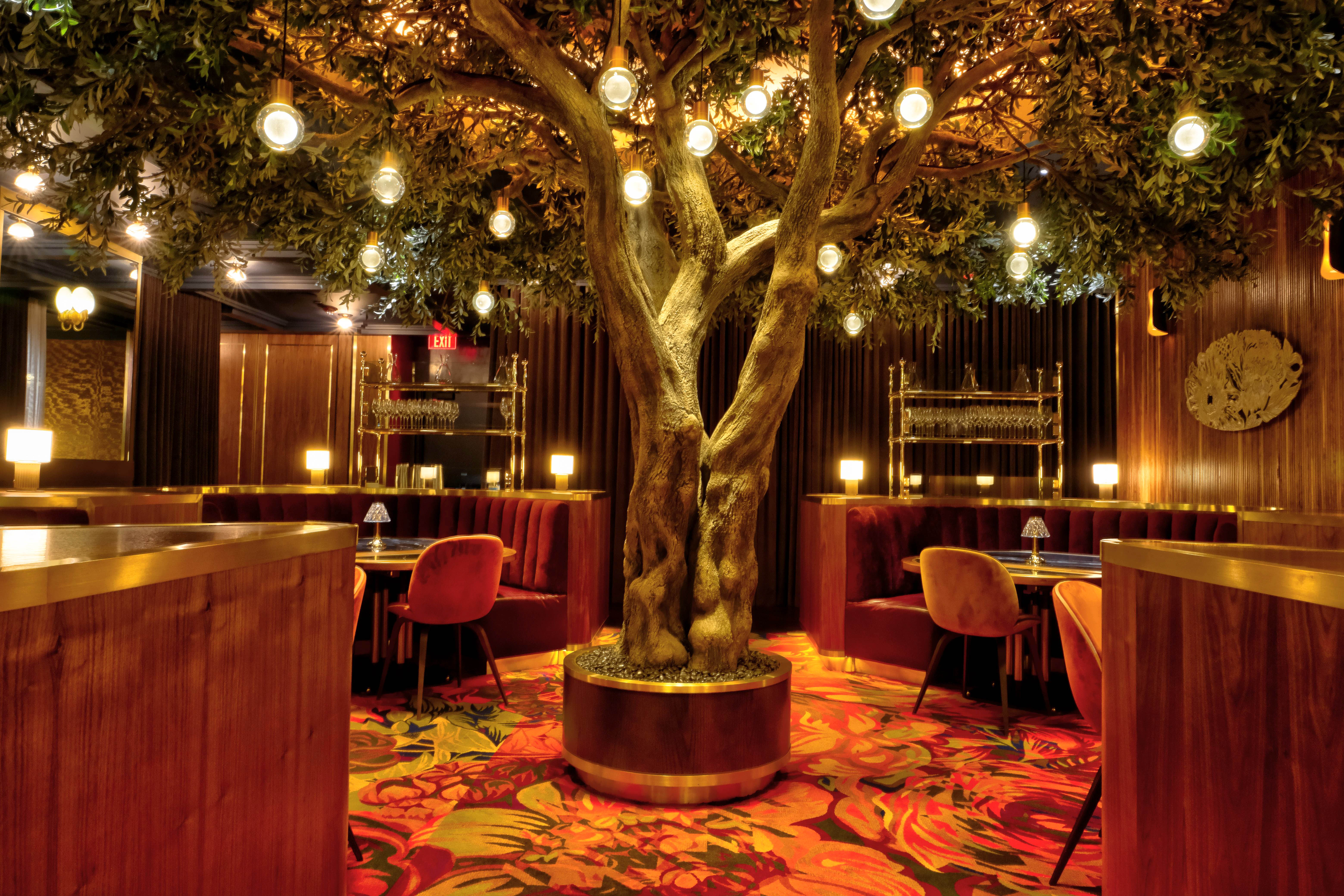The Garden Room at Barry's Downtown Prime