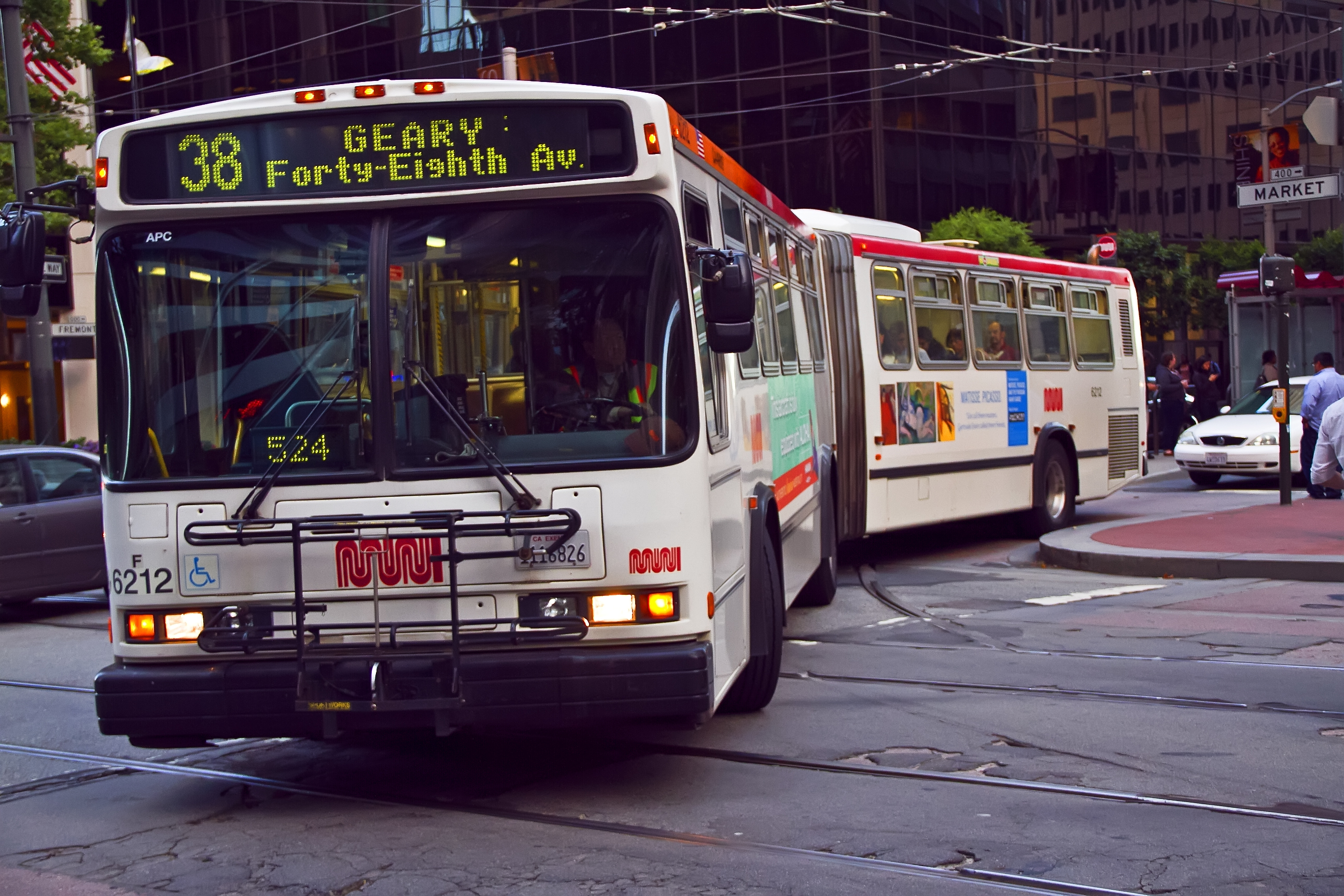 An articulated bus on the 38 Geary Route.