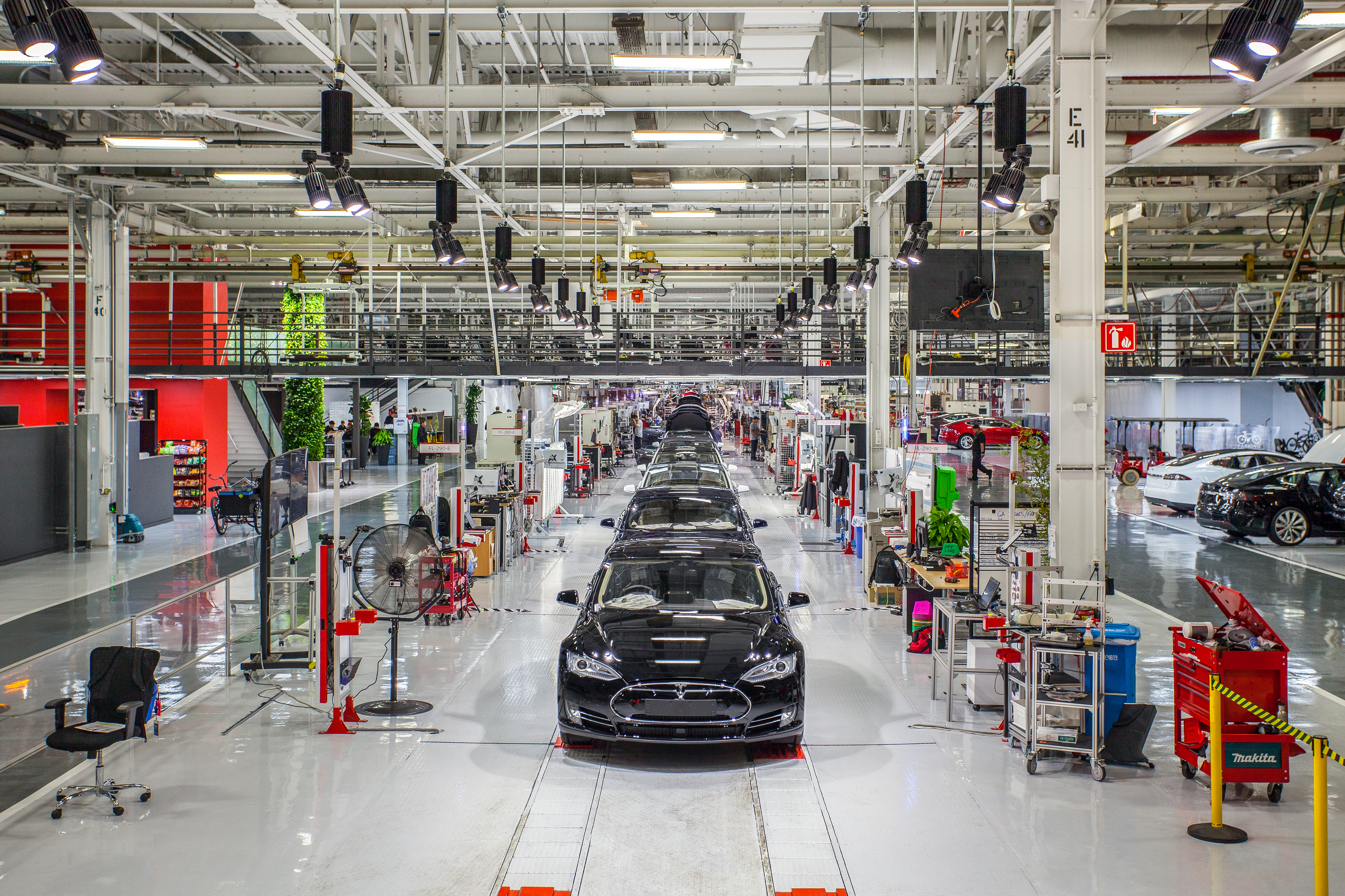 """Elon Musk says claims of poor working conditions at Tesla are """"morally outrageous"""""""