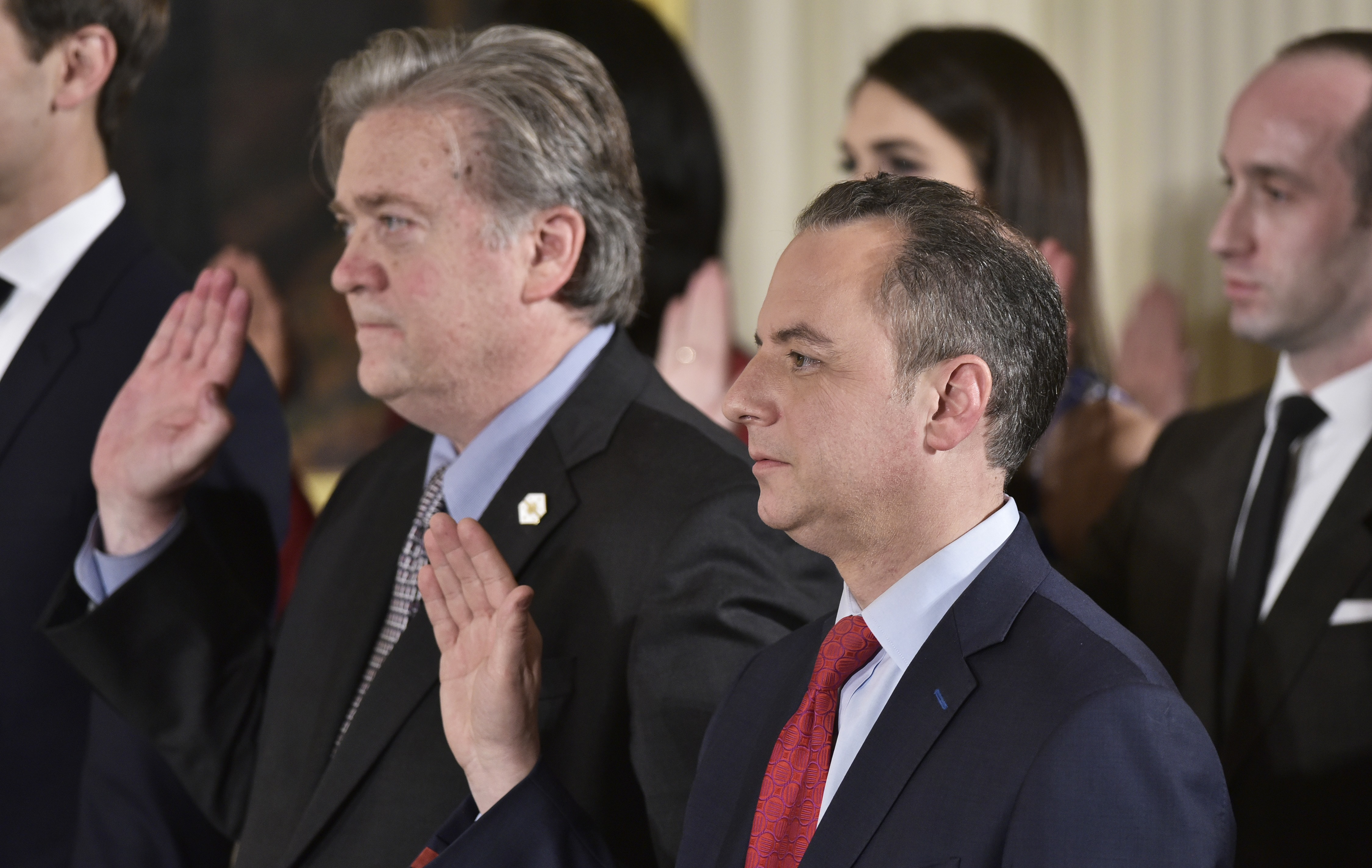 A new Breitbart article reveals much about the war inside the White House