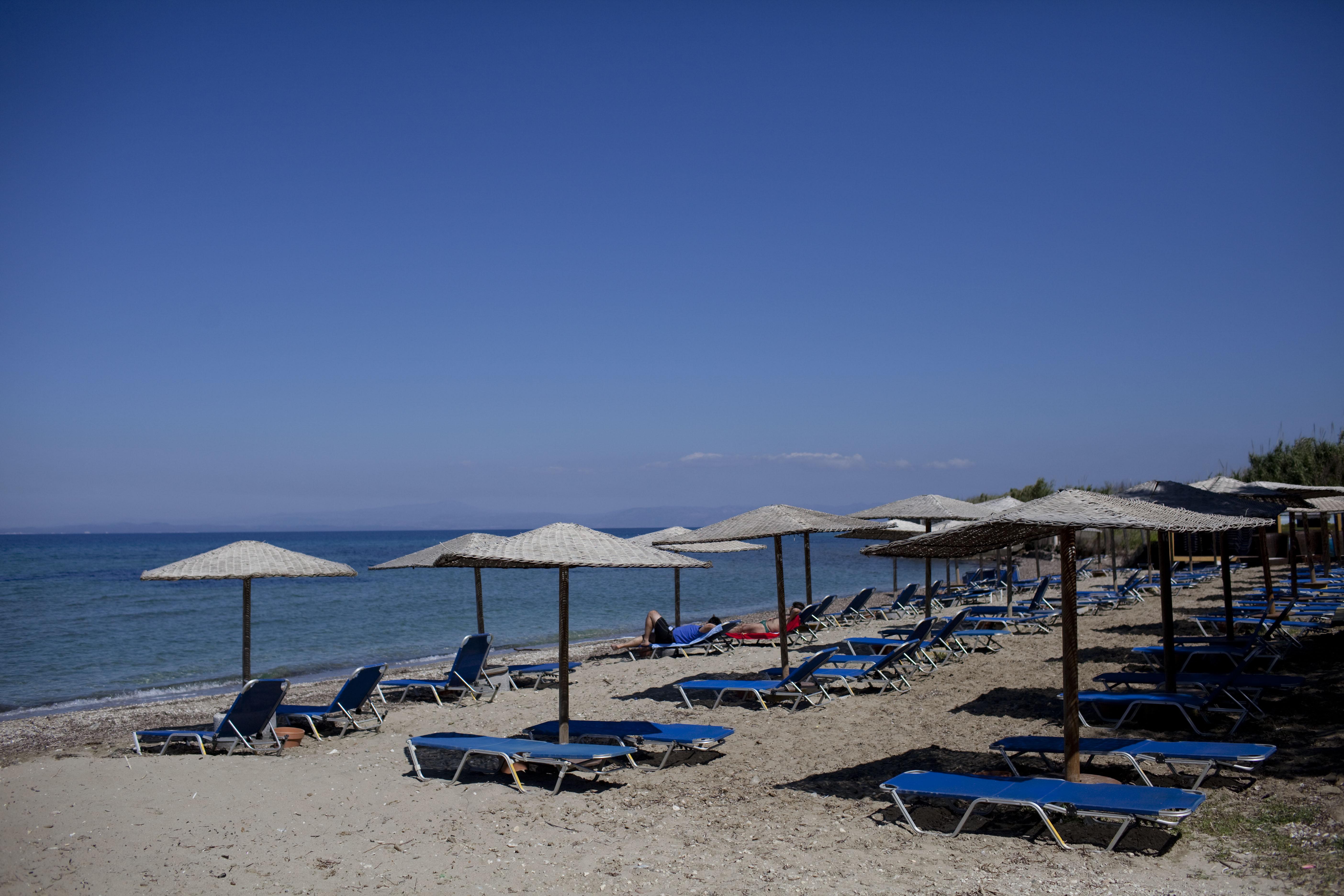 Greek Economic Crisis Threatens Tourist Industry