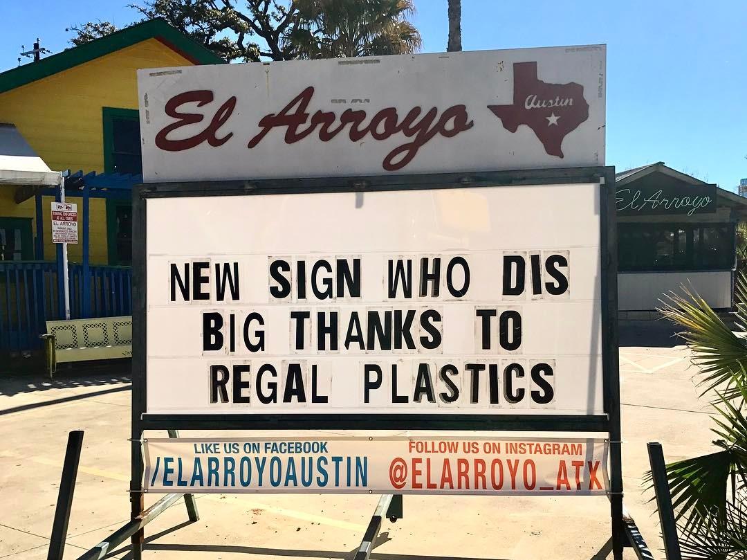 El Arroyo's new sign