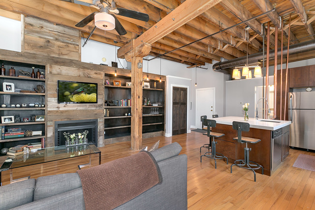 Own this rustic one-bedroom timber loft in River West for $242K