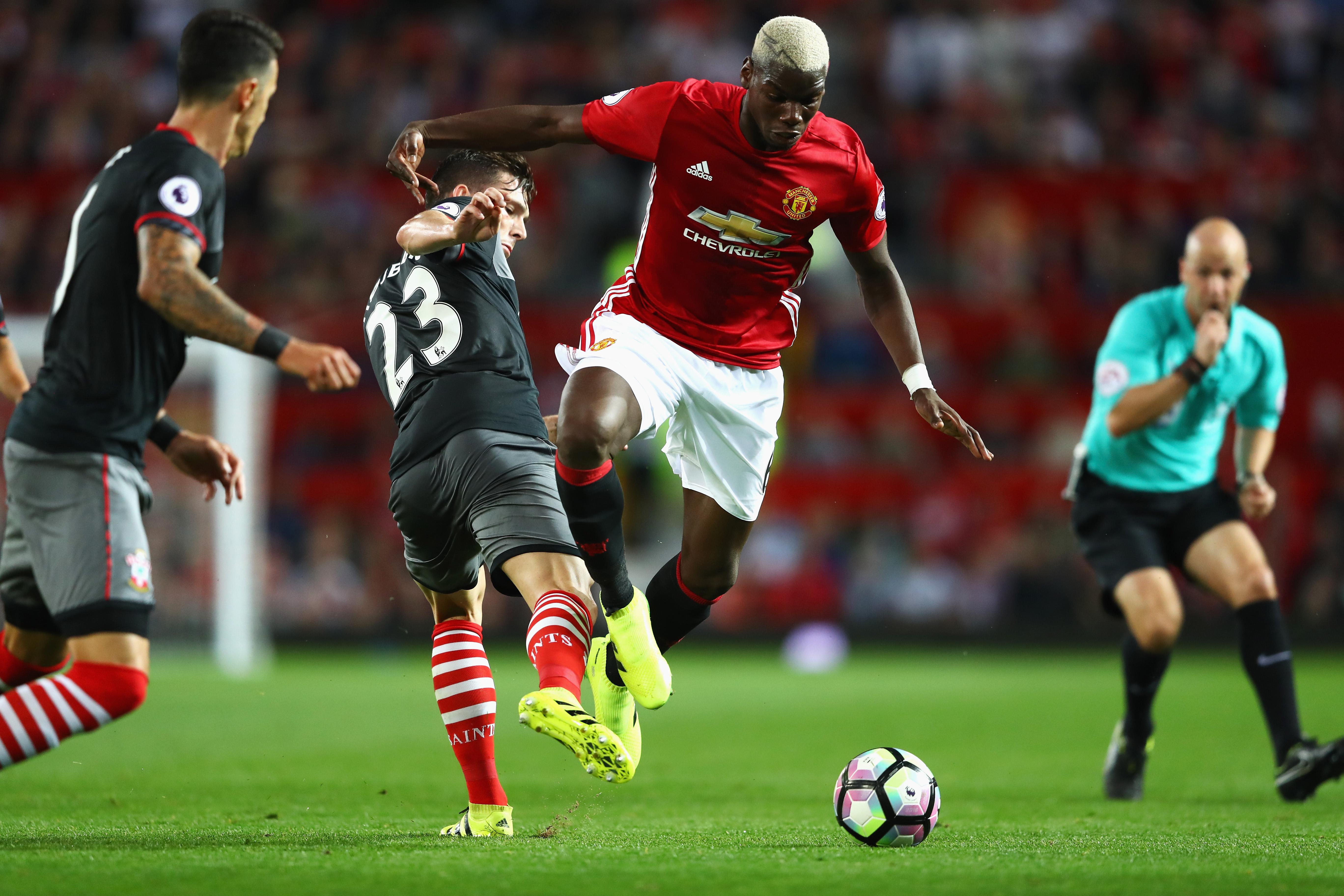 Manchester United v Southampton - Premier League