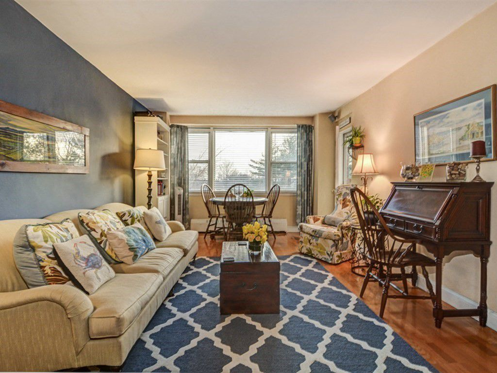 Bronx Co Op Offers Country Club Living For A Mere 240K