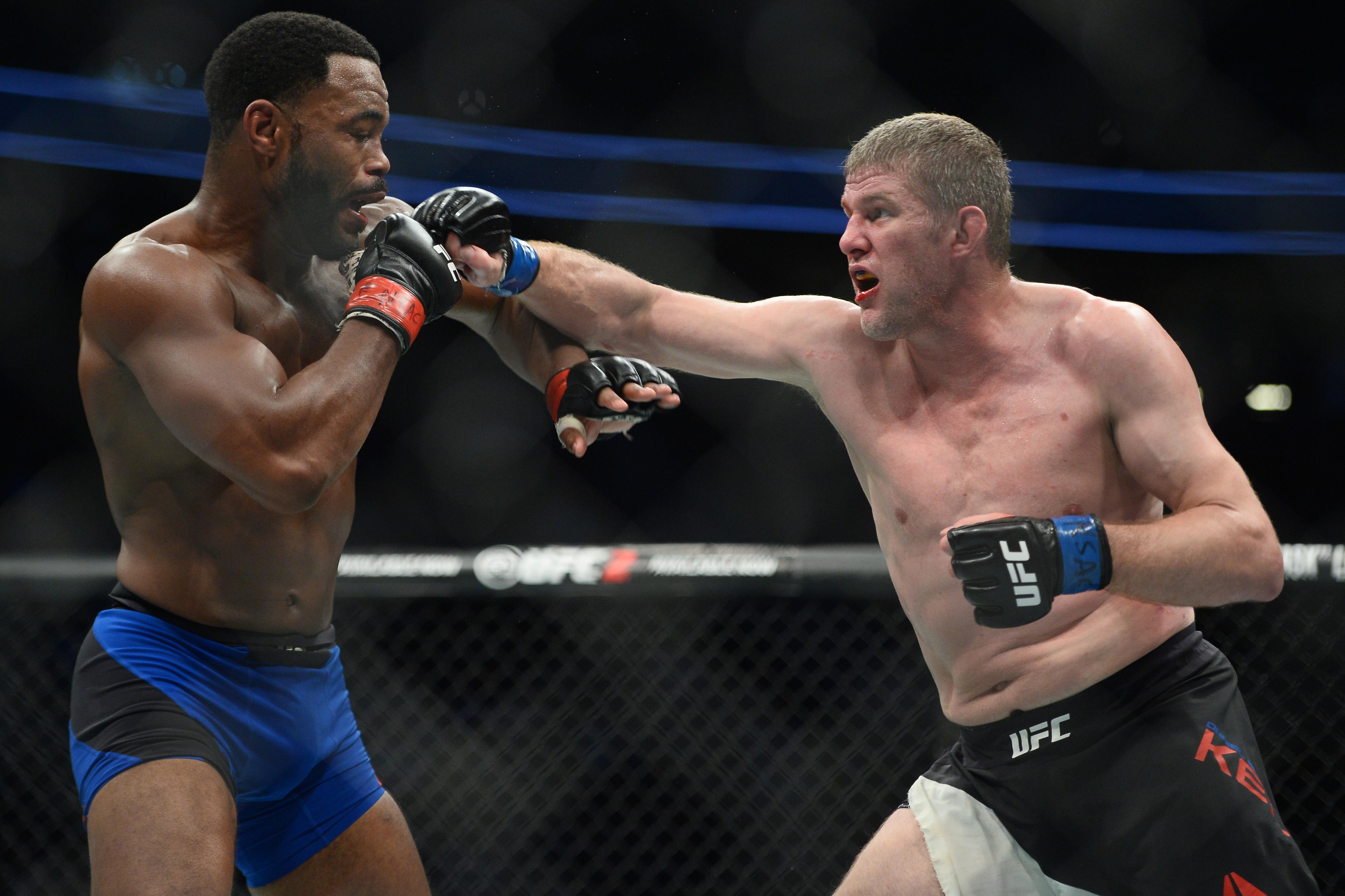 MMA: UFC 209-Evans vs Kelly