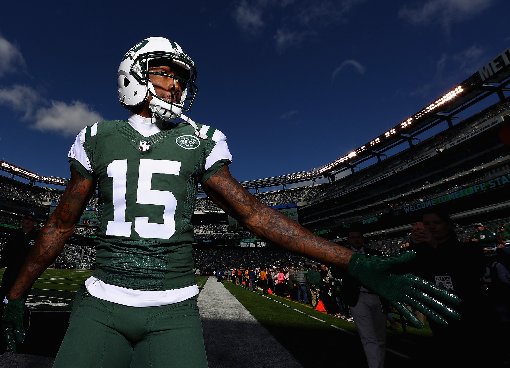 Brandon Marshall signs with the Giants, and Odell Beckham Jr. should be thrilled