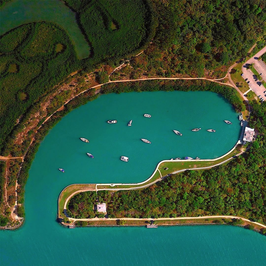 A satellite image of No Name Harbour in Key Biscayne