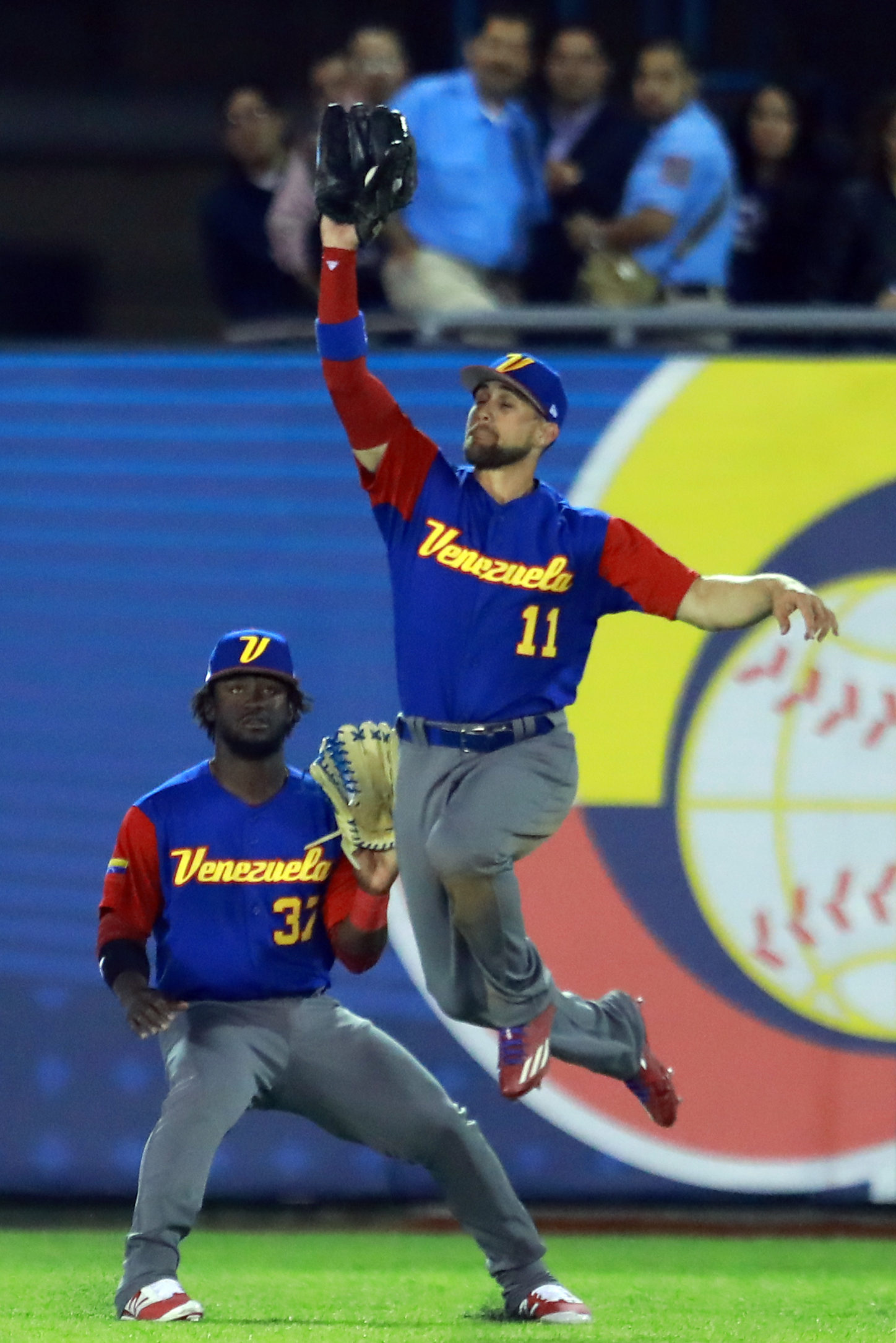 World Baseball Classic - Pool D - Game 2 - Venezuela v Puerto Rico