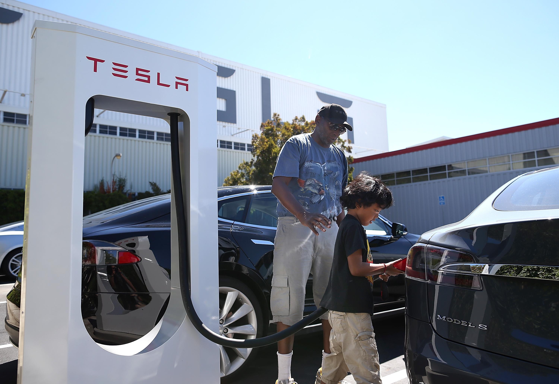 Why America needs more Teslas and fewer Ubers