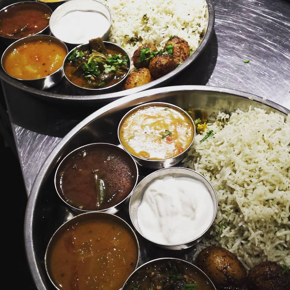Indian Snack Bar Le Super Qualité is Indeed Quality, Writes Critic