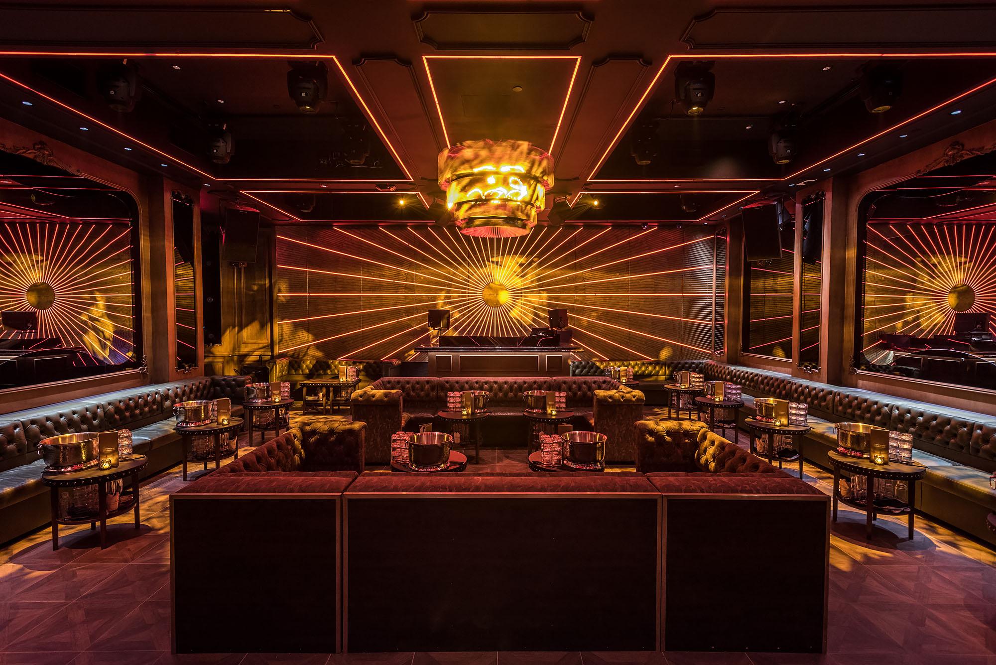 Avenue Hollywood Nightclub Interior 1