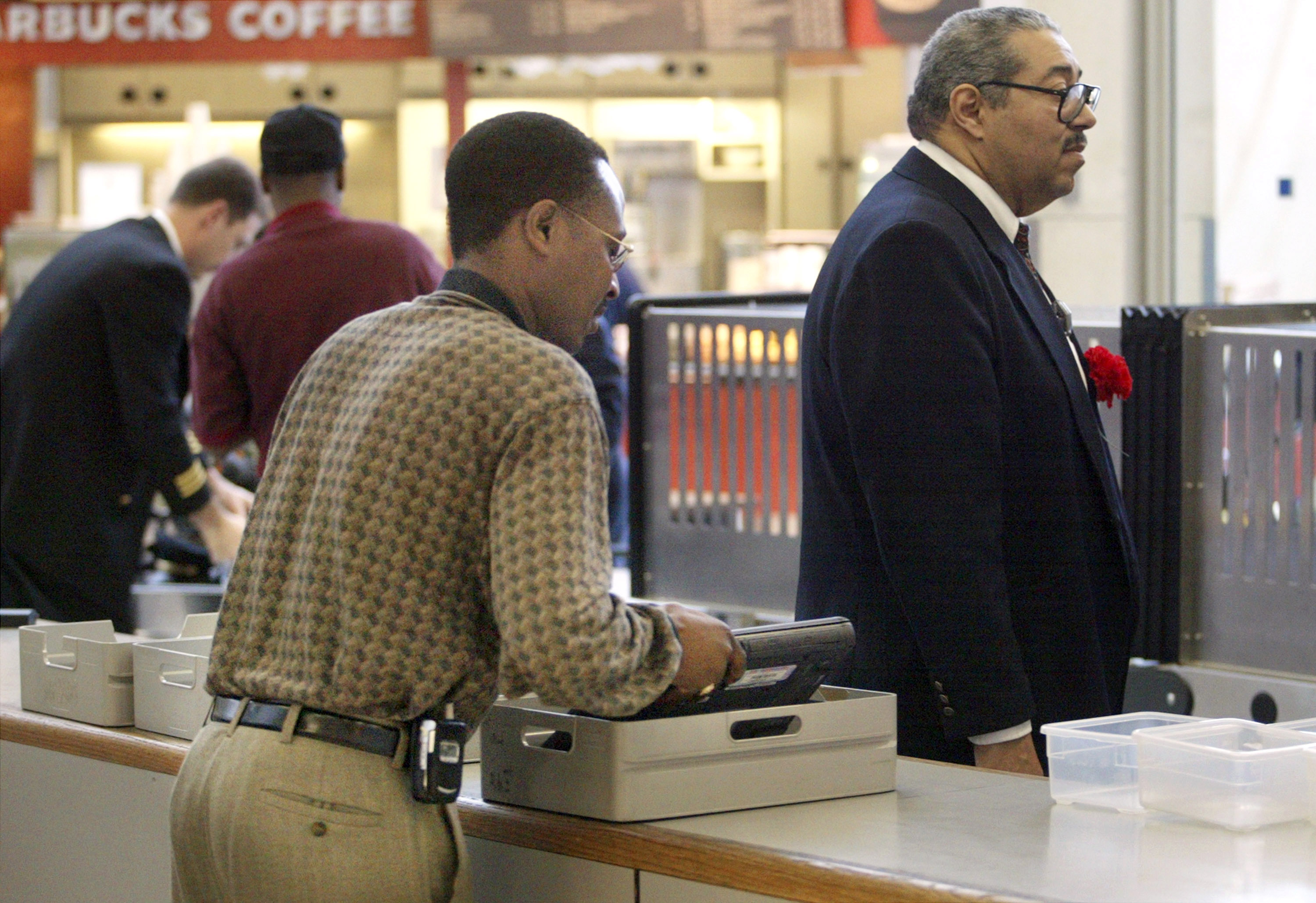 Fliers Lose Laptops at Airport Checkpoints