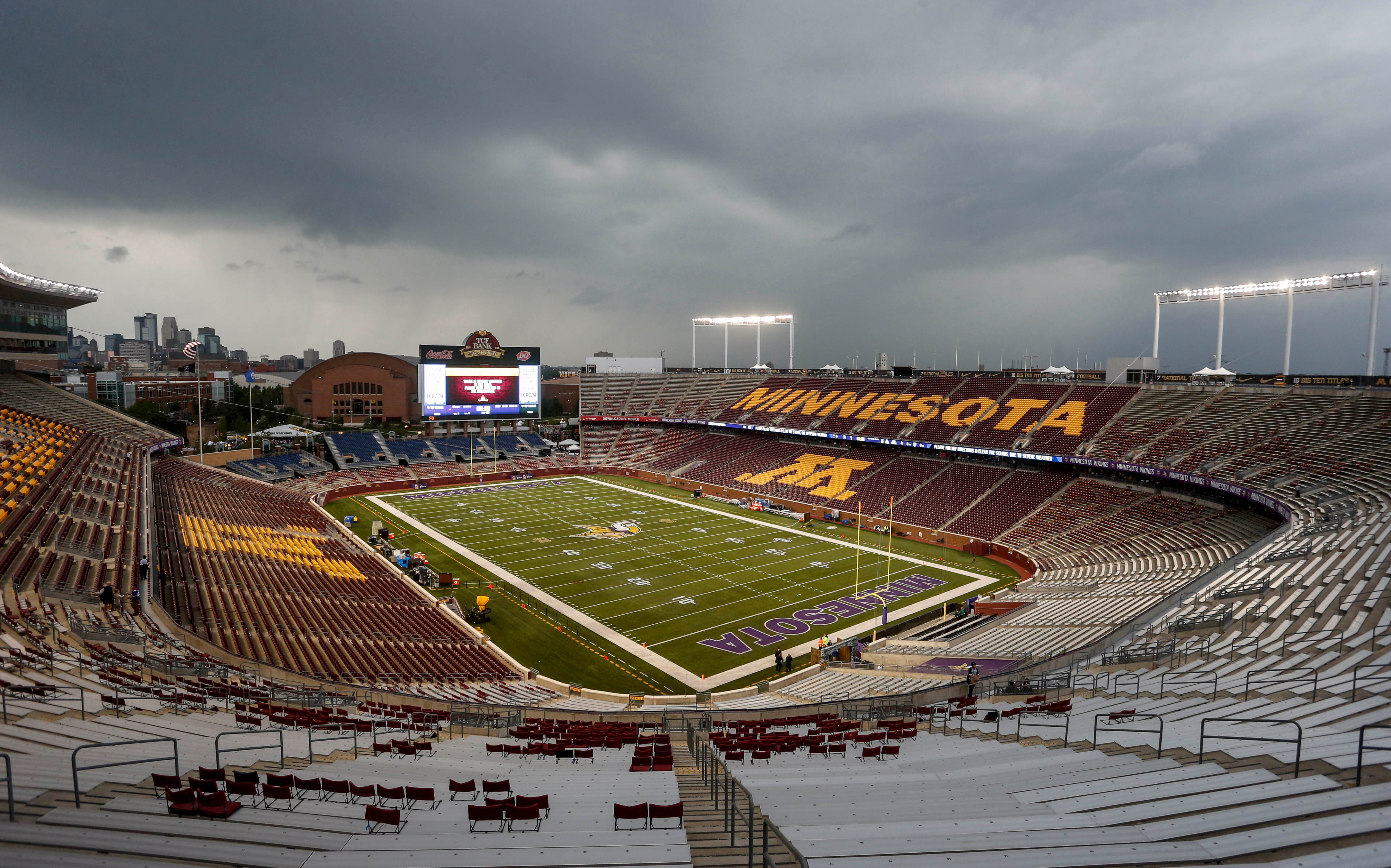 NFL: Preseason-Oakland Raiders at Minnesota Vikings