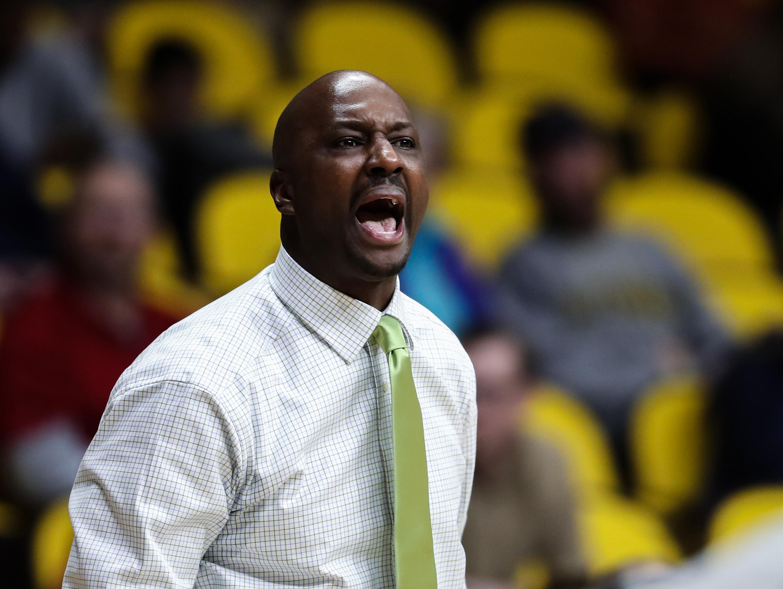 NCAA Basketball: New Mexico at Wyoming