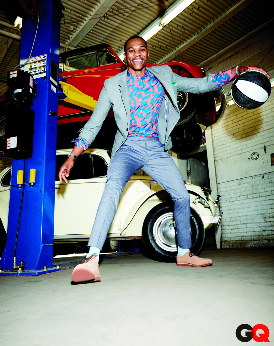 Russell Westbrook doing what real ballers do: pounding the rock in a garage while rocking Thunder-colored camo