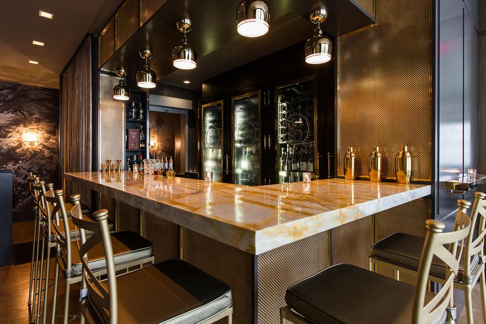 Menton's Gold Bar