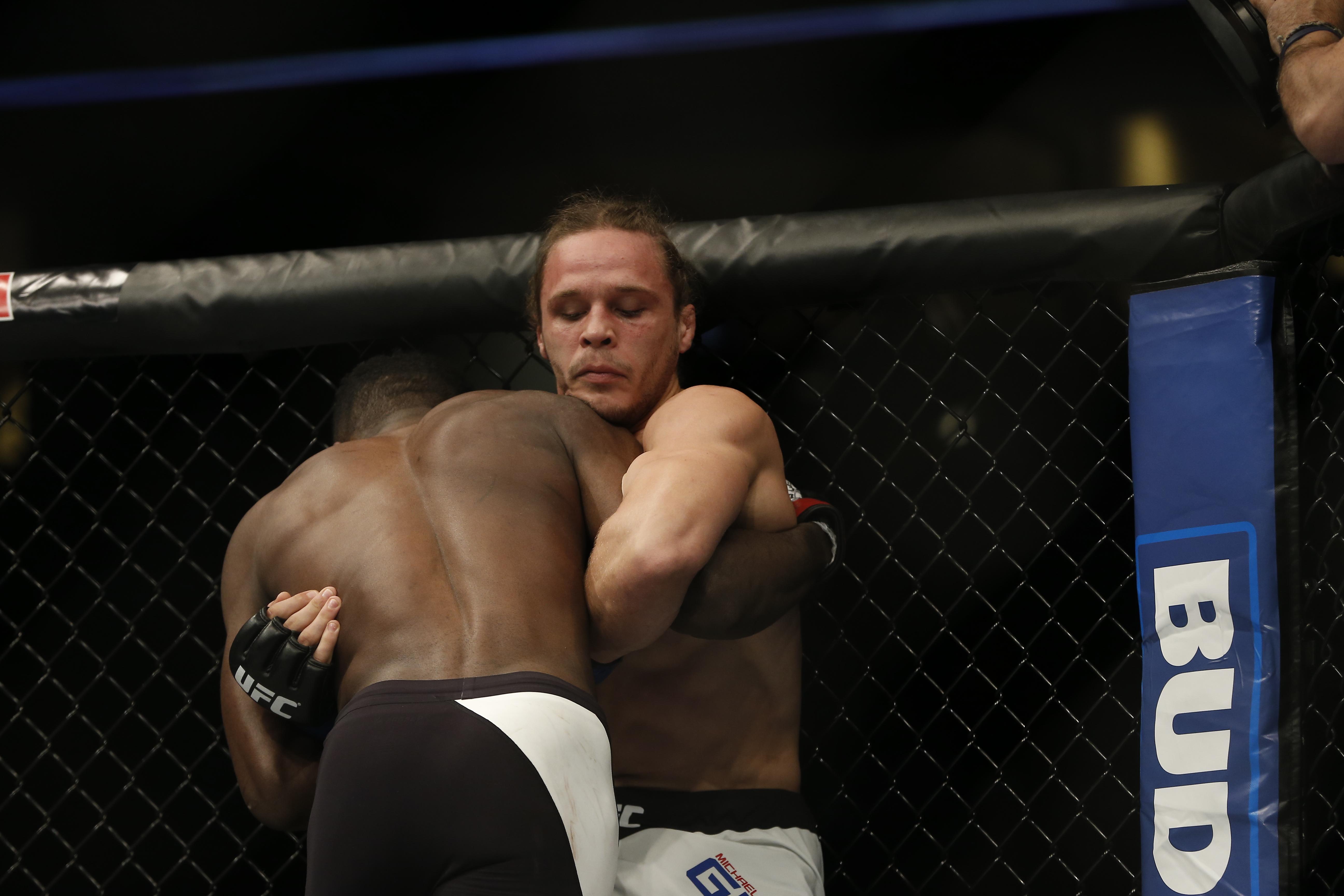 MMA: UFC Fight Night-Graves vs Brown