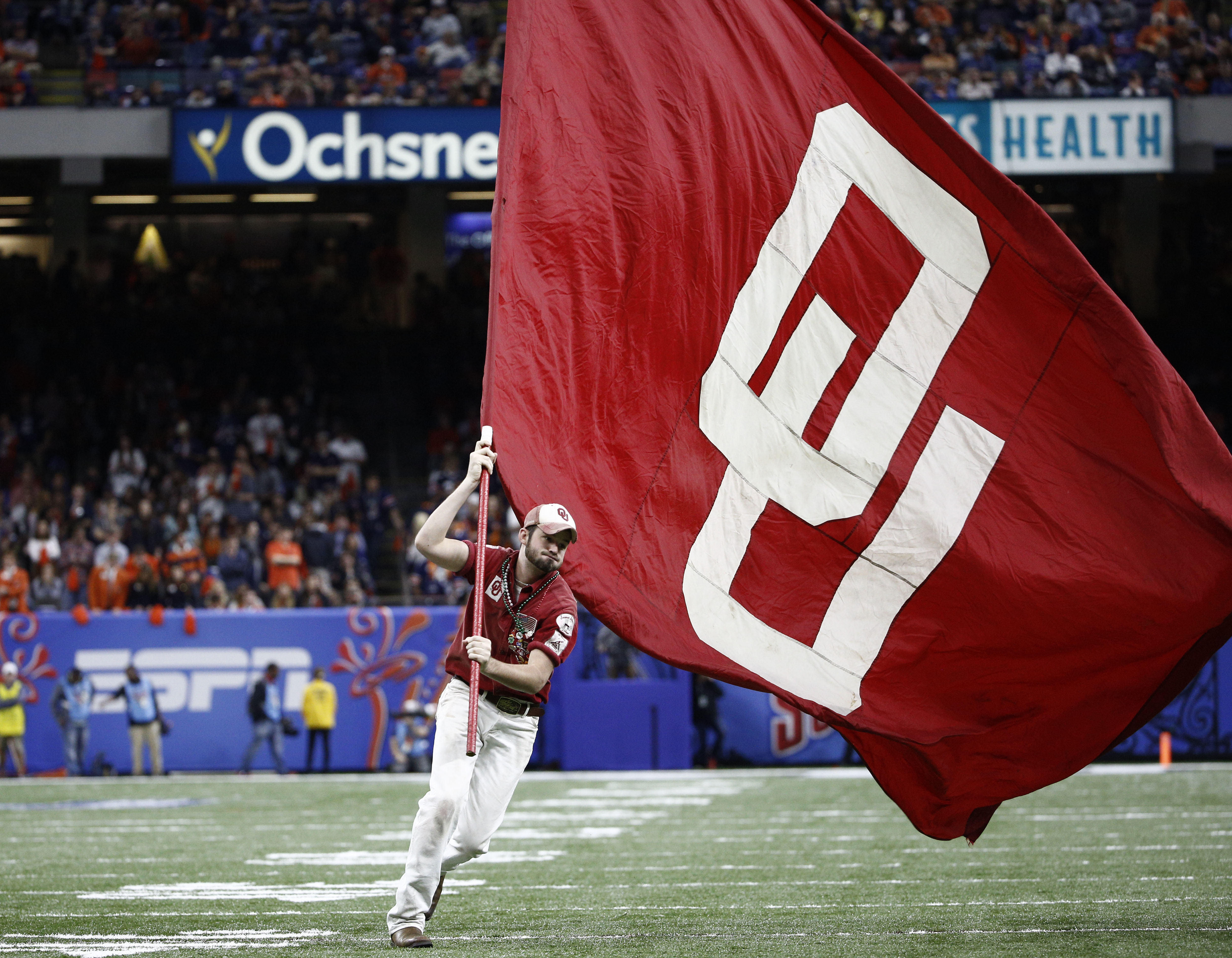 New Oklahoma law allows schools to sue agents, boosters who cause NCAA sanctions