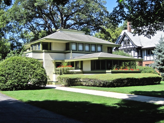 After three price chops, Frank Lloyd Wright's Ingalls House can now be had for $899k