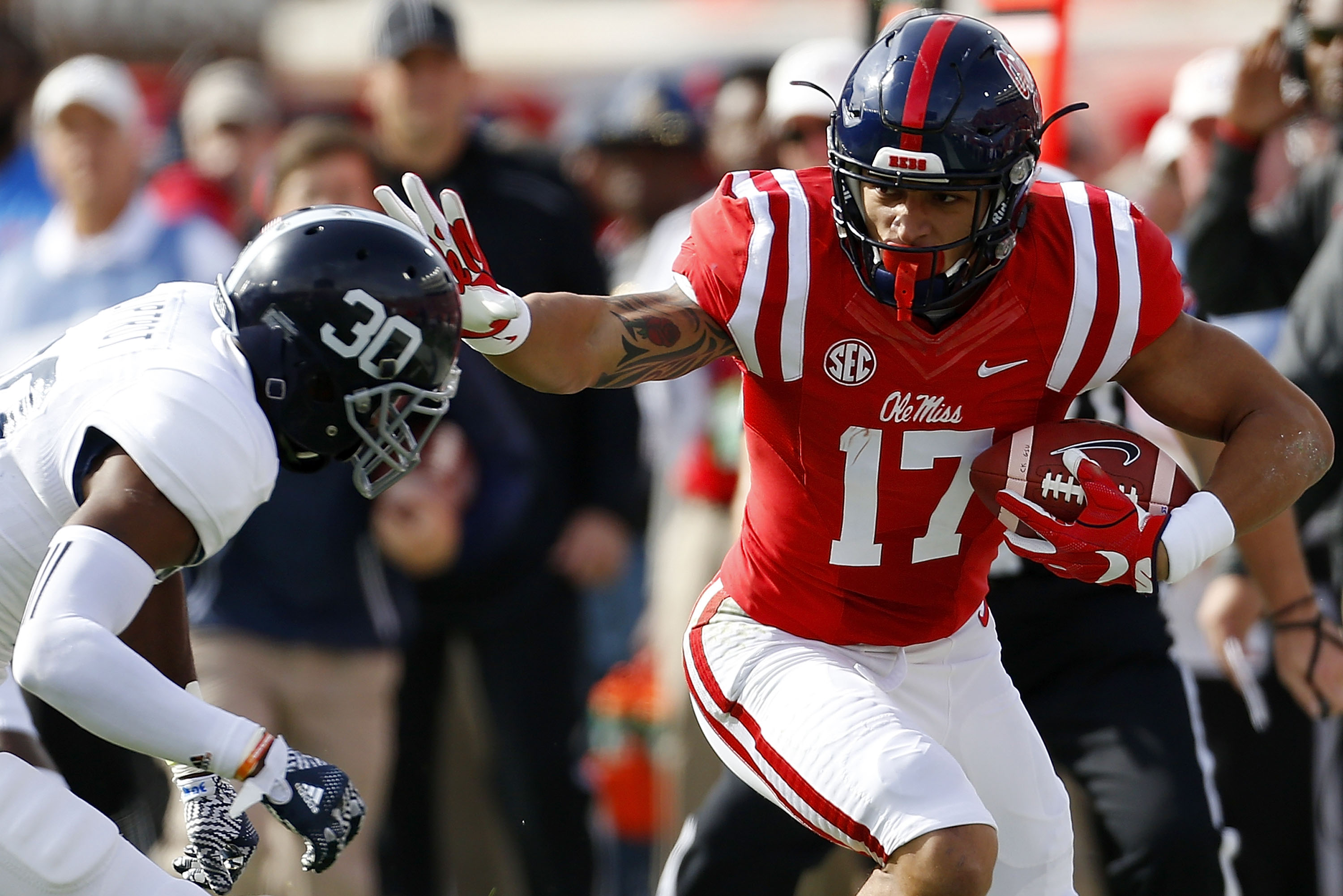 Giants tight end Evan Engram was too versatile to win a TE award in college