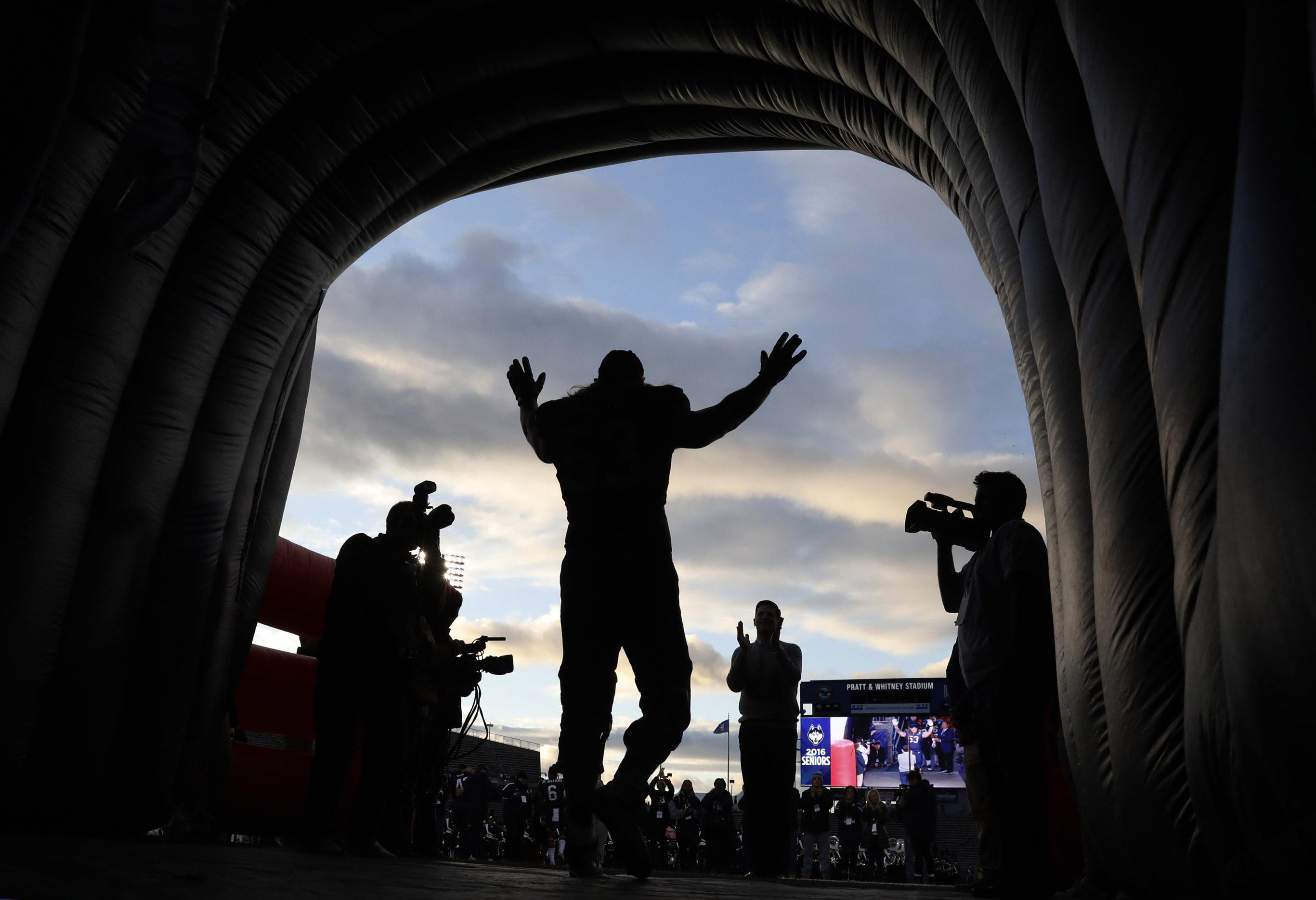 NCAA Football: Tulane at Connecticut