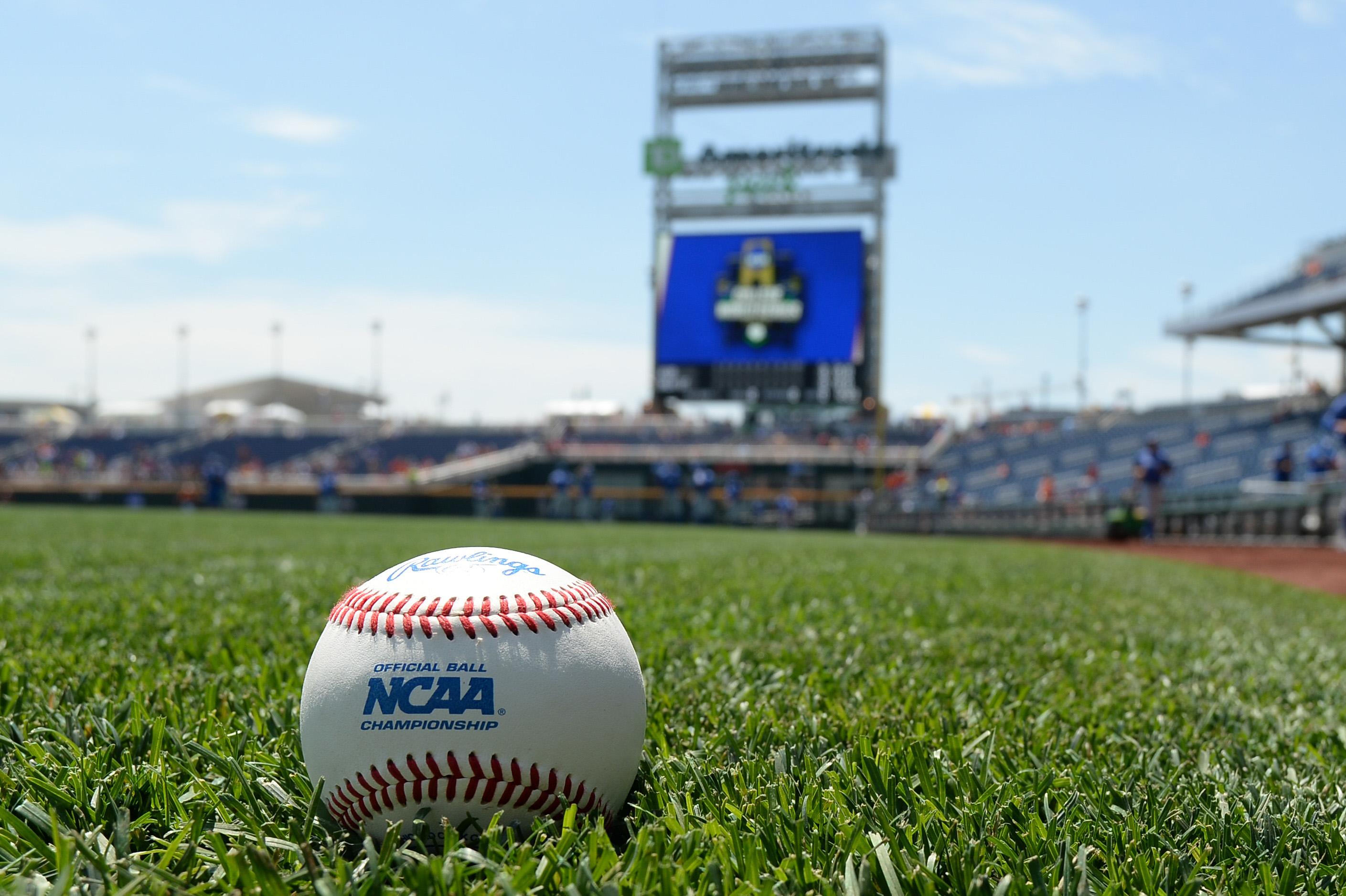 NCAA Baseball: College World Series-Oklahoma State vs UC Santa Barbara