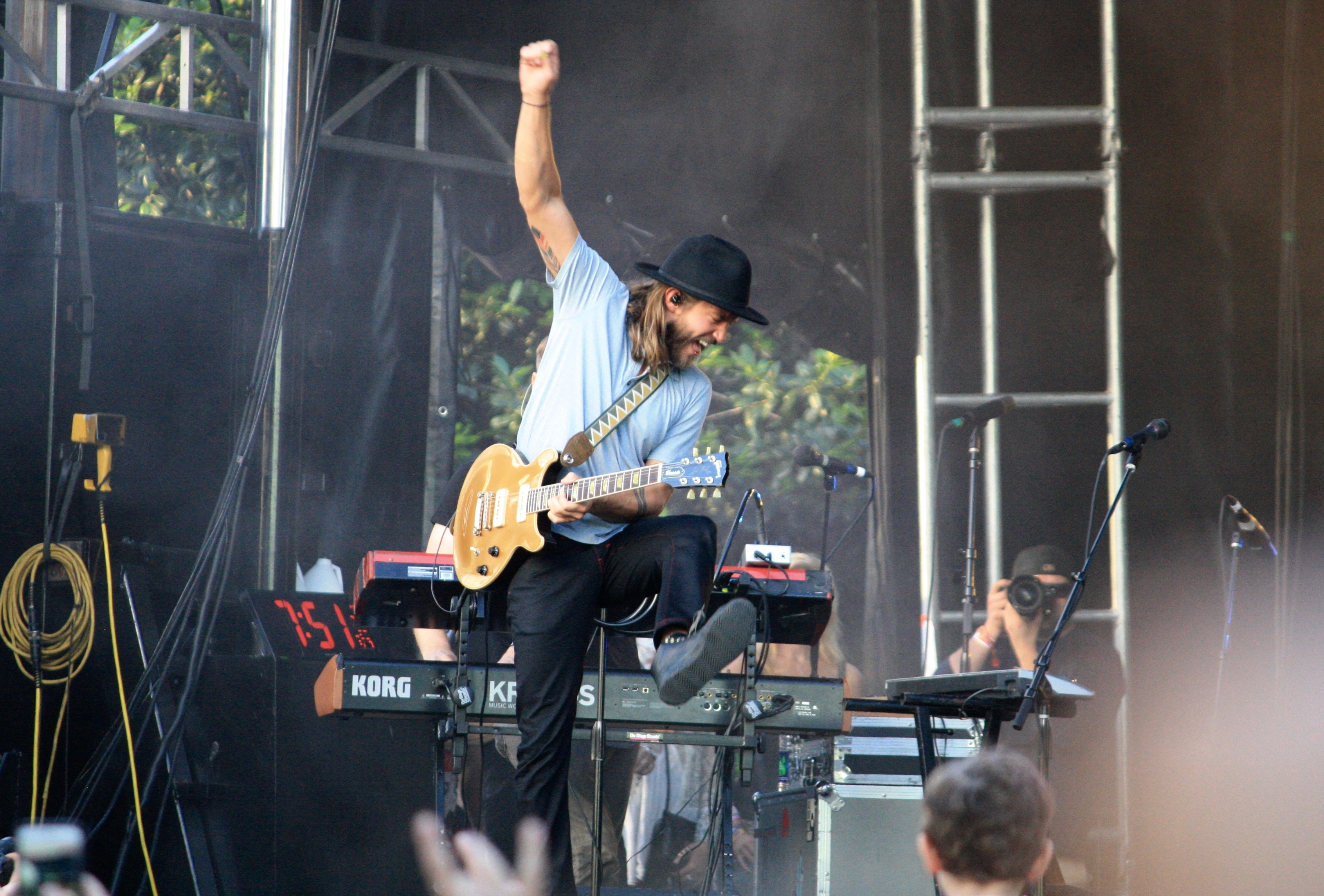 Moon Taxi's Trevor Terndrup feeling the Shaky vibes in Centennial Olympic Park on Saturday evening.