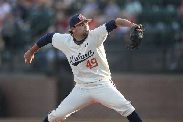 Cole Lipscomb takes the mound tonight for Auburn.