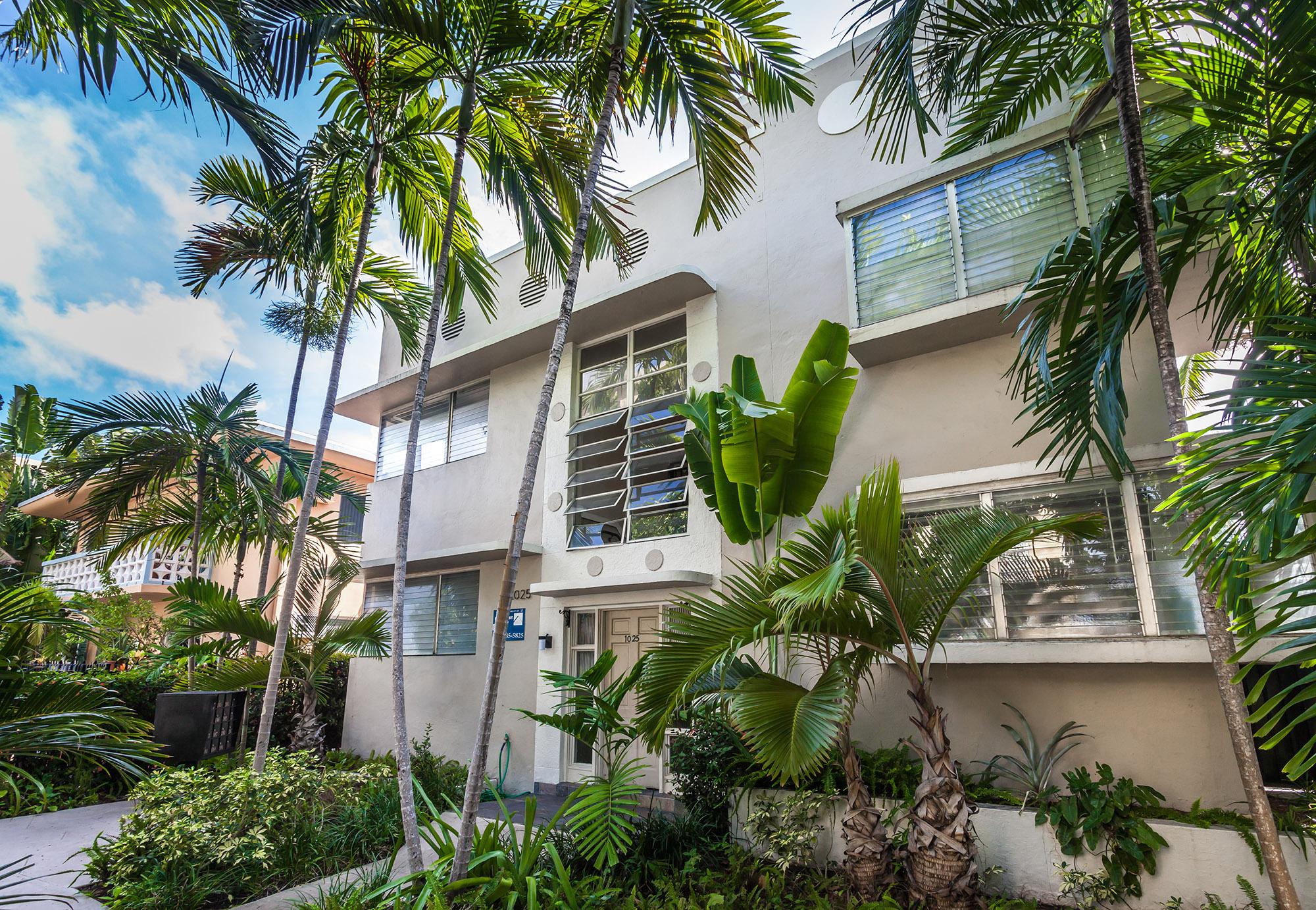 a walk-up apartment in  miami beach