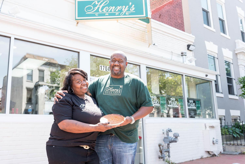 Henry S Soul Food Cafe