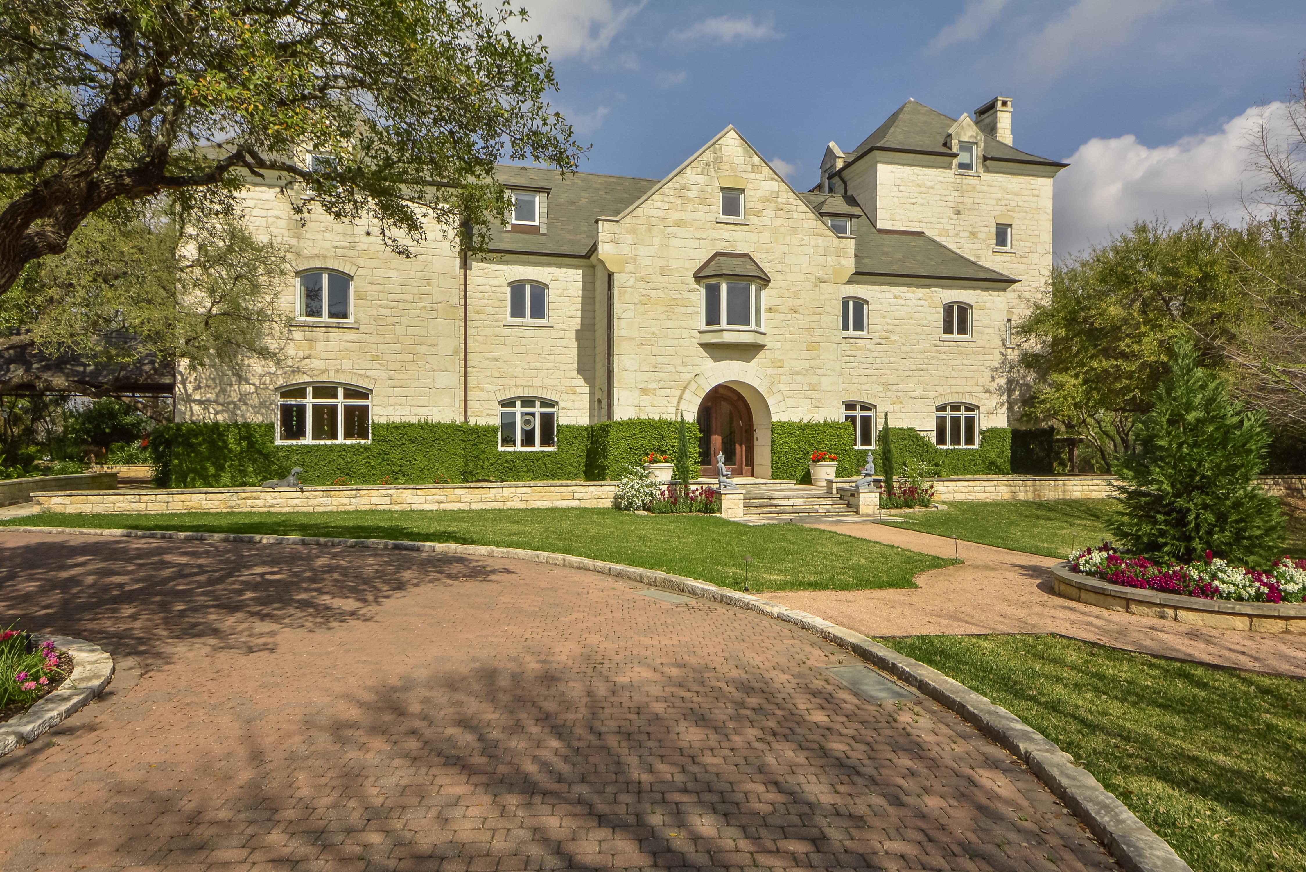 British-style white stone mansion