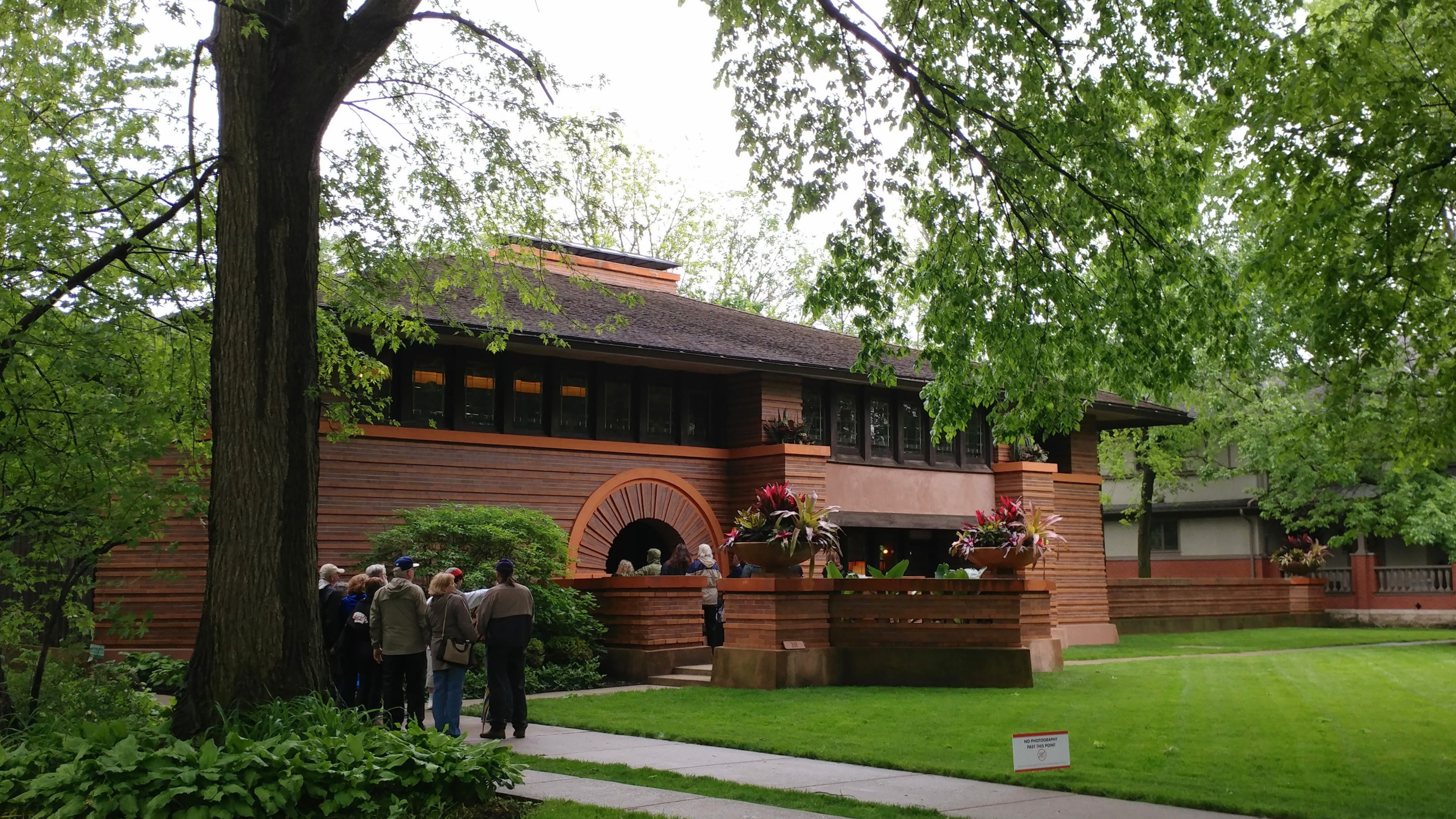 Welcome to Curbed's first-ever Frank Lloyd Wright Week, starting now!
