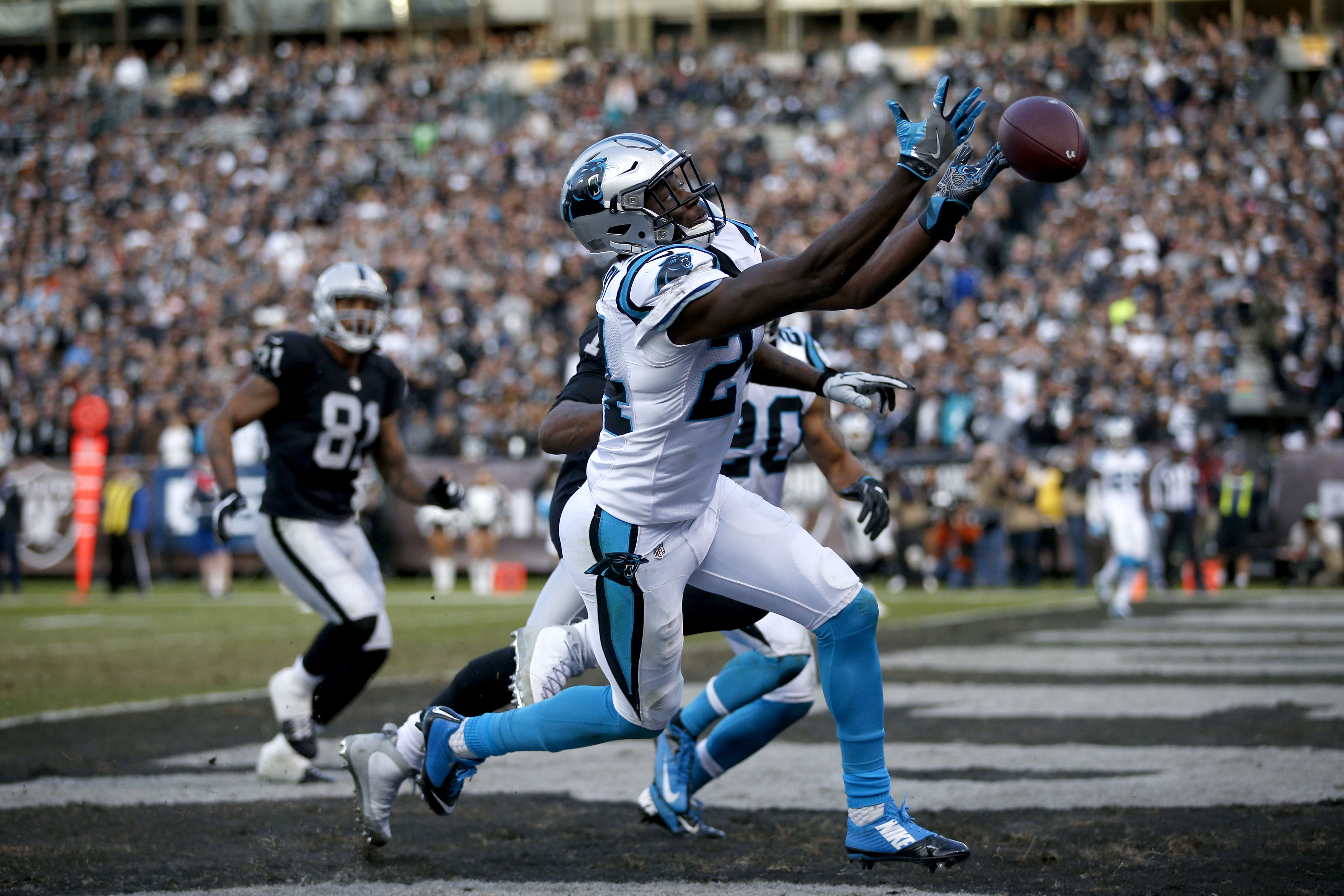 NFL: Carolina Panthers at Oakland Raiders
