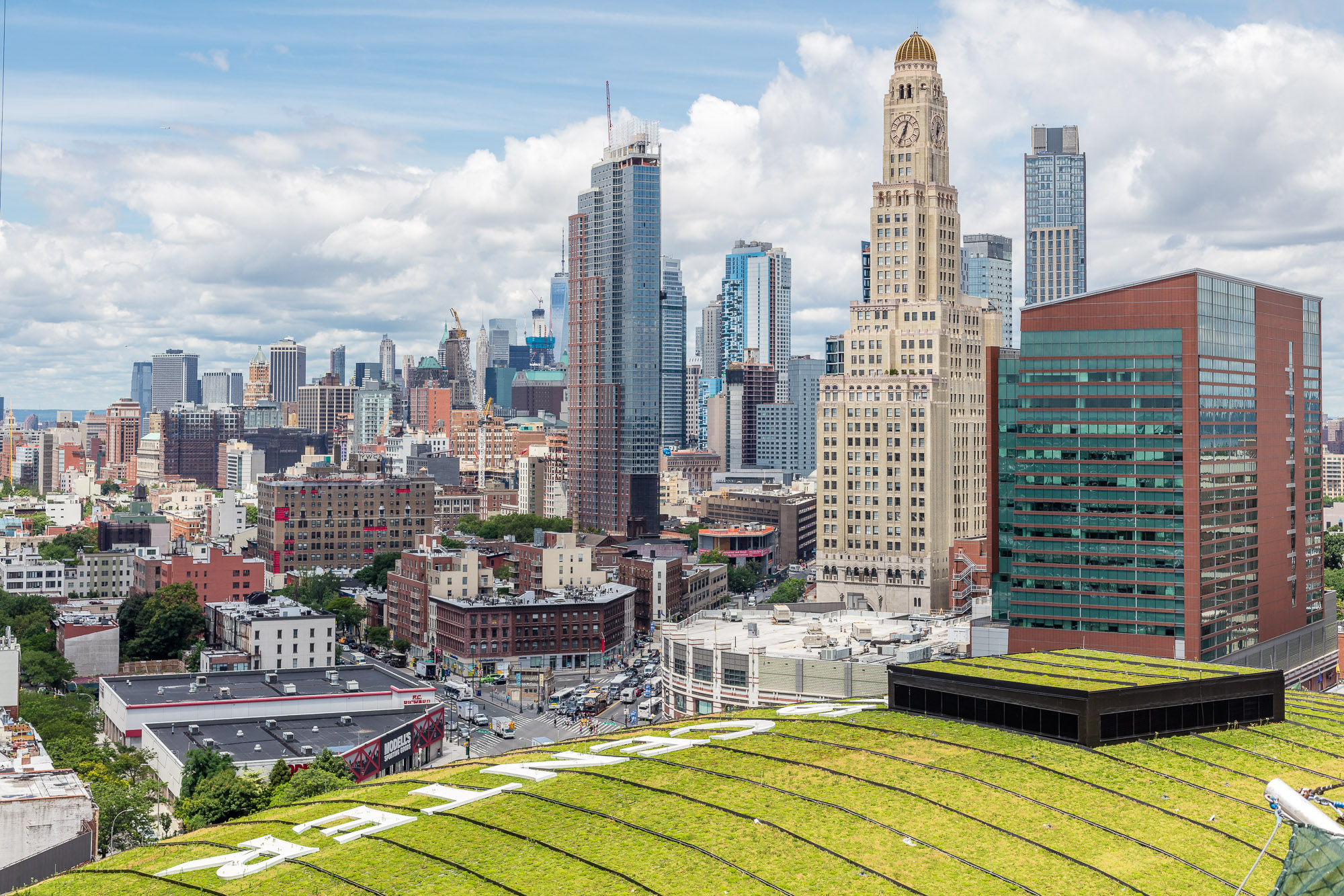 What Hens To New York Apartment Seekers When Perks Like Free Rent Dry Up Curbed Ny