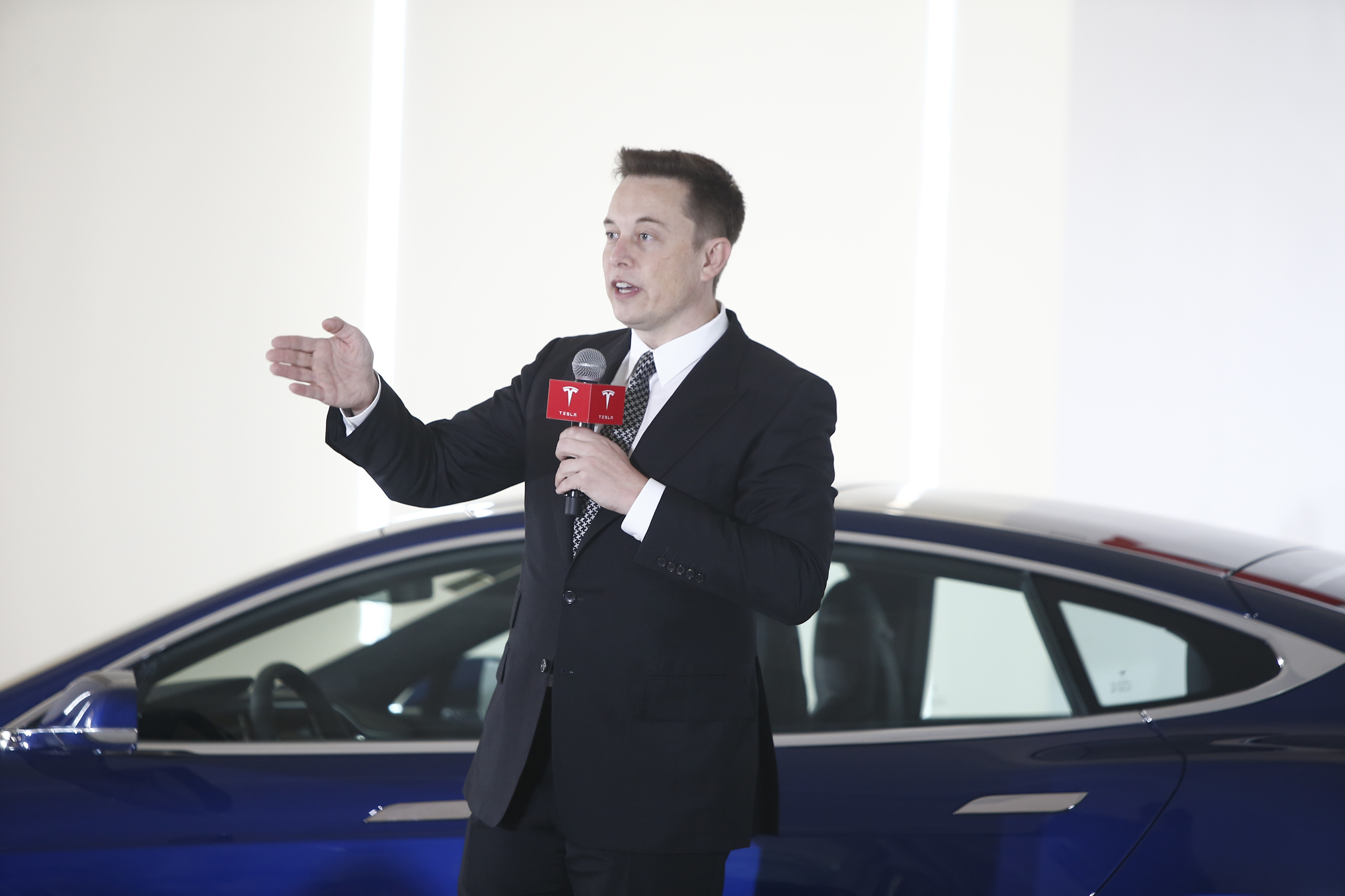 Google chrome themes game of thrones - 7 Things We Learned From Elon Musk S Tesla Shareholder Meeting Including New Product Teases And An Explanation For His Erratic Twitter Usage