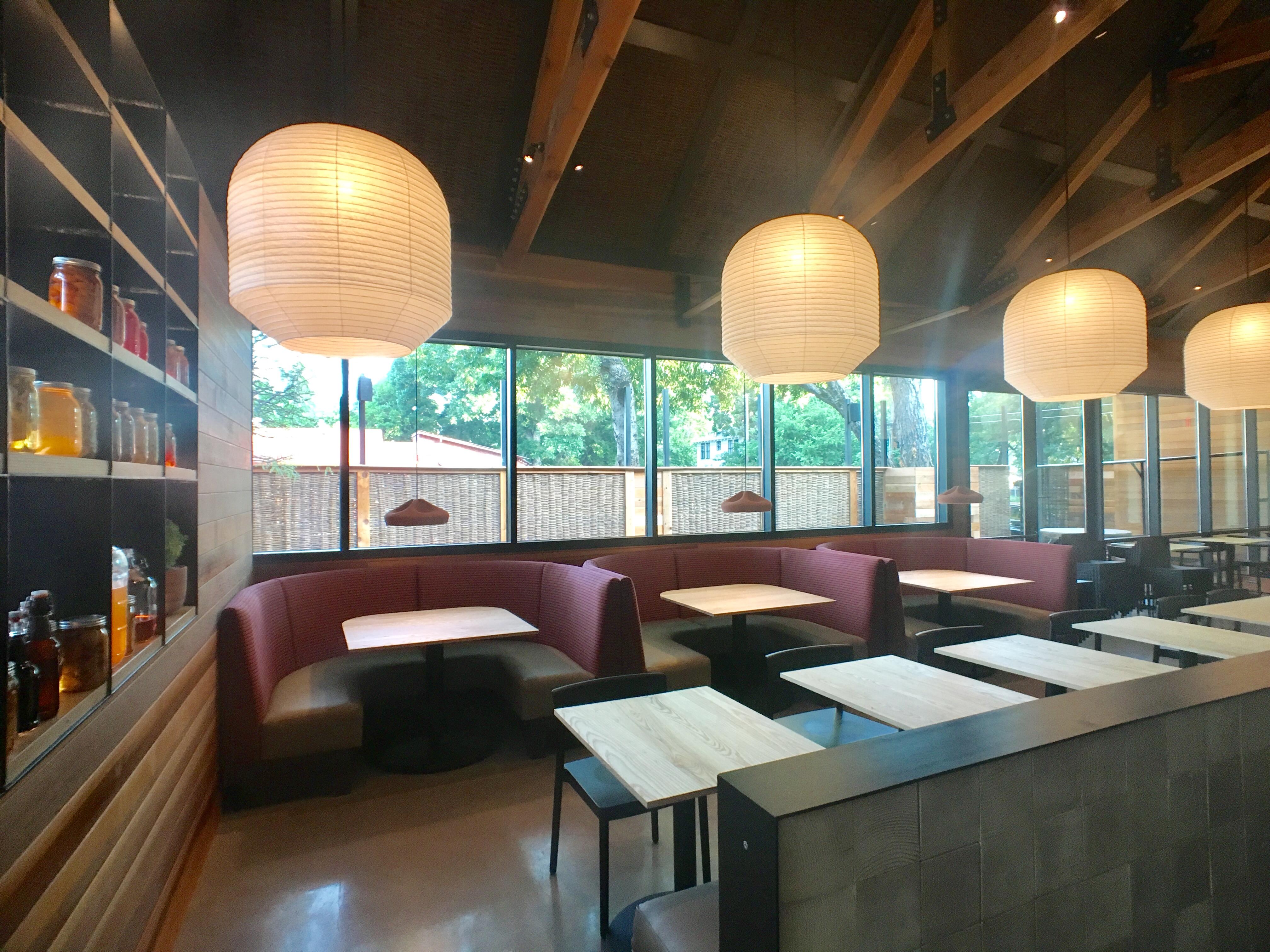 Pitchfork Pretty dining room
