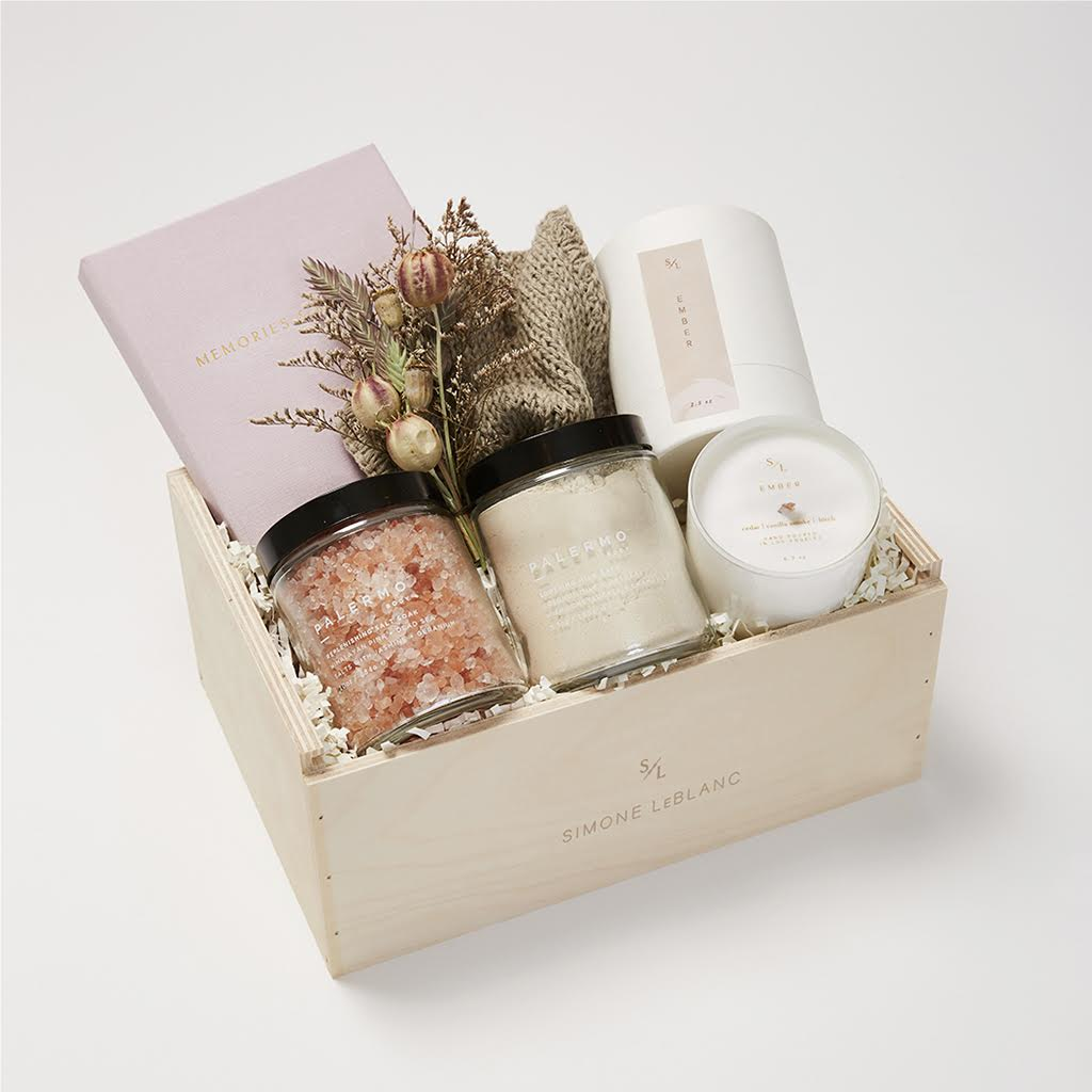 Simone Leblanc Staycation Gift Set