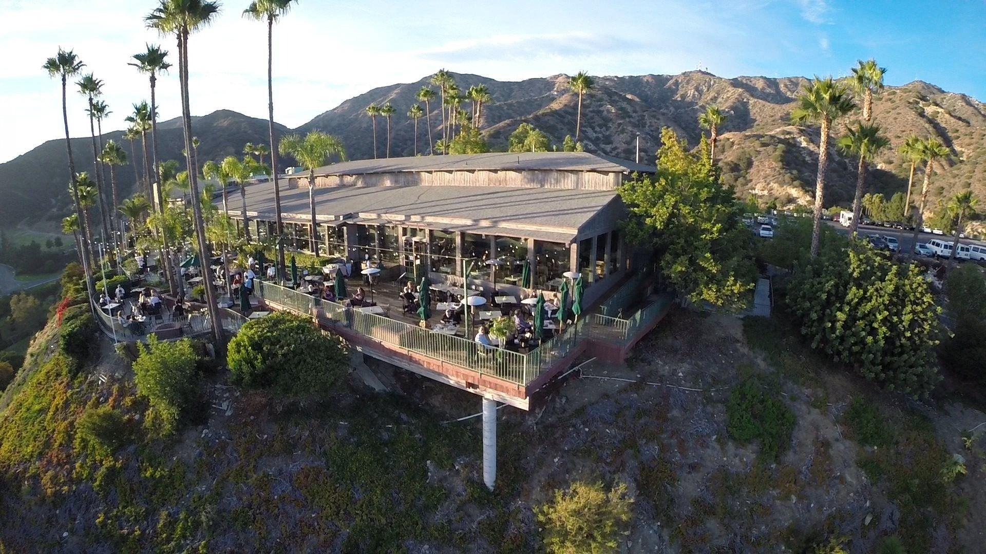 burbank's classic castaway restaurant closes for $10 million